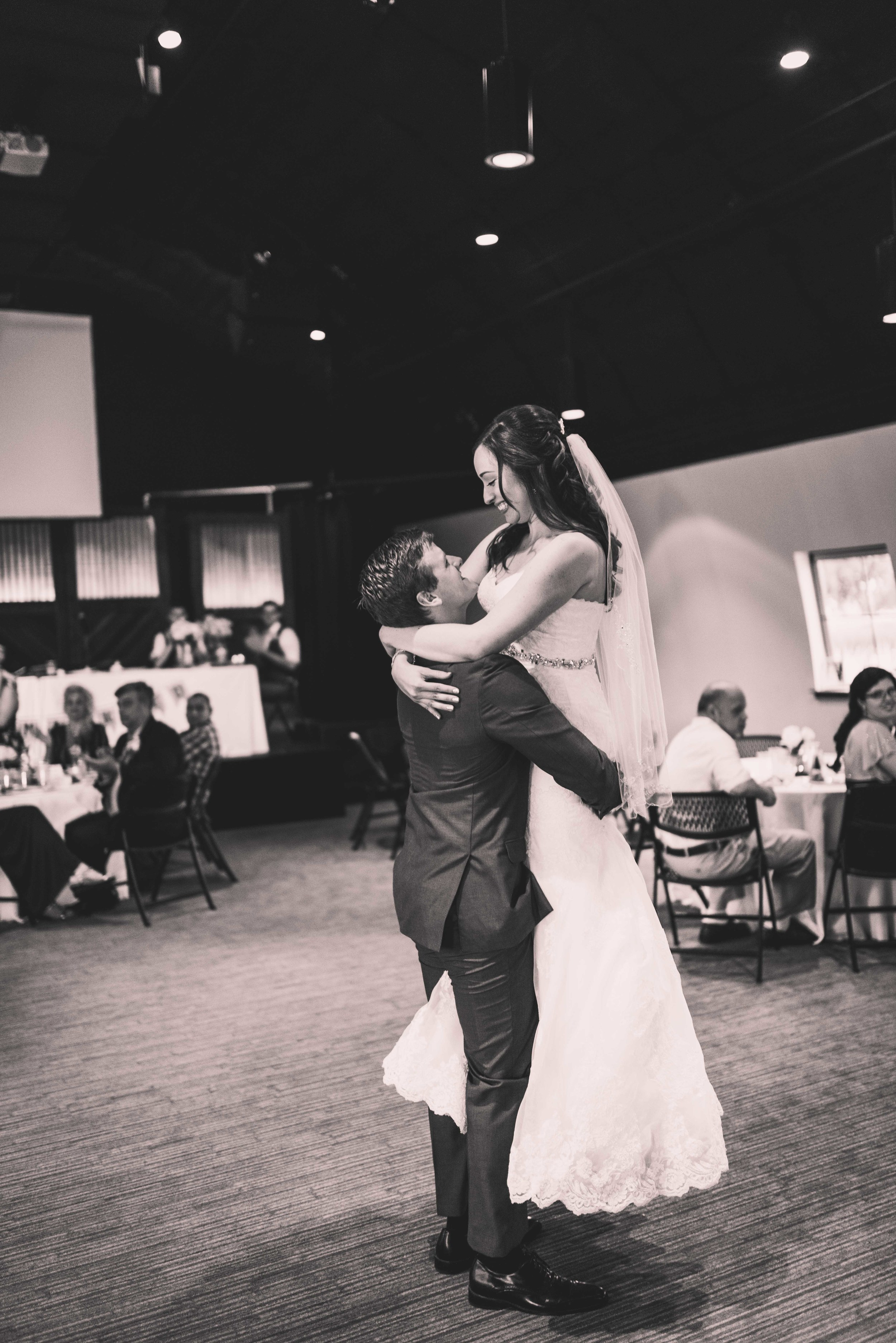 Nashville Wedding Photographer-75.jpg
