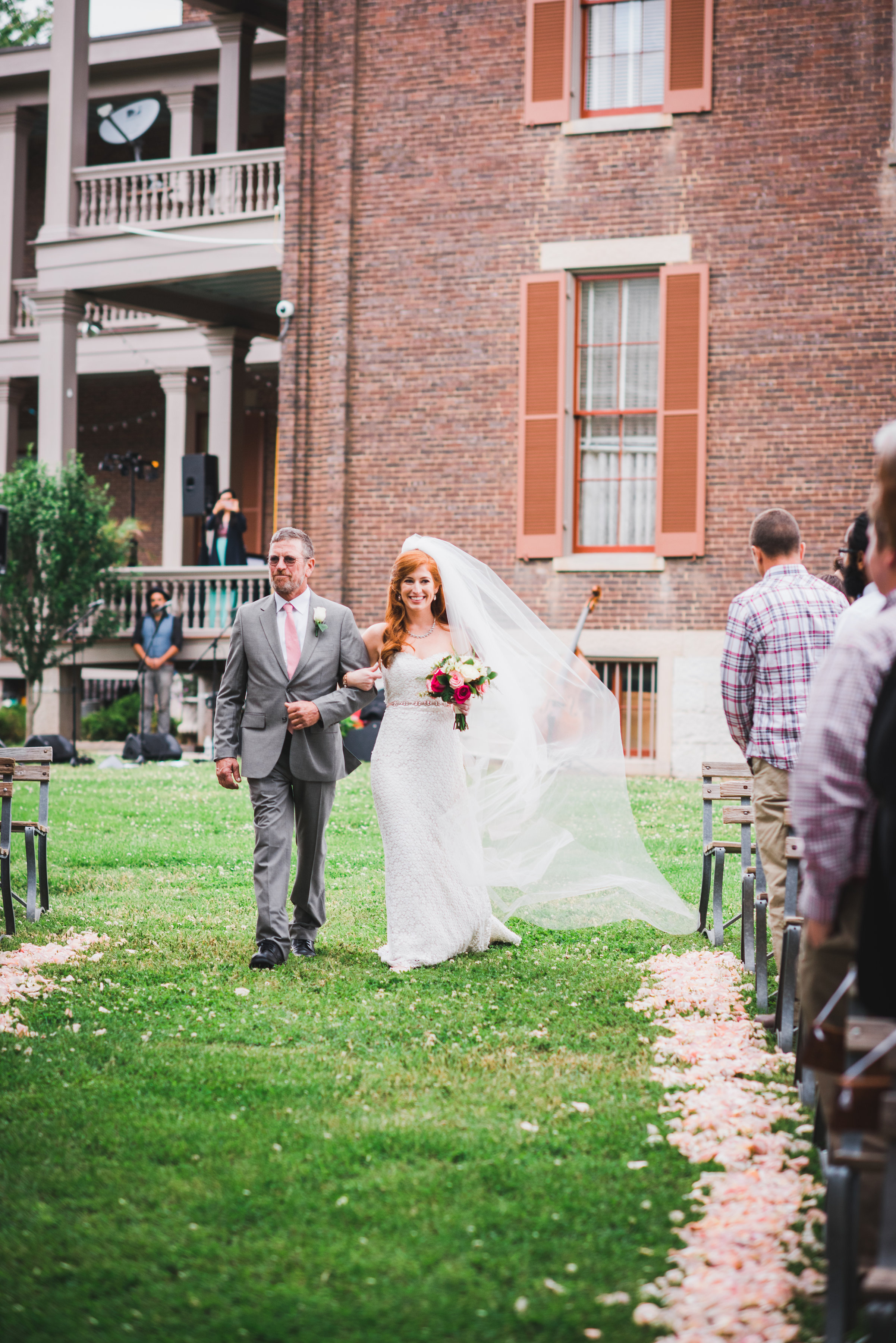 Nashville Wedding Photographers Two Rivers Mansion-245.jpg