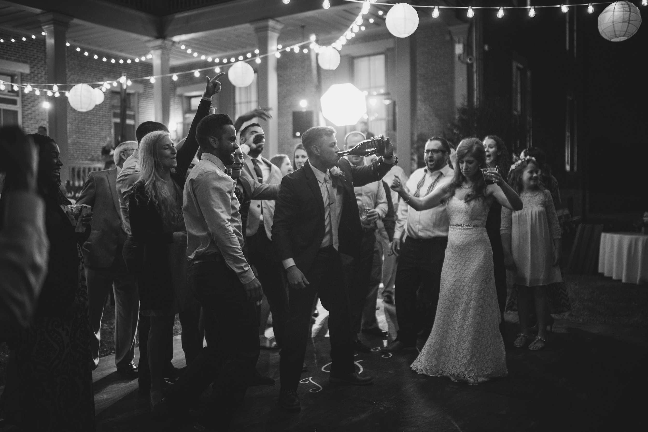 Nashville Wedding Photographers Two Rivers Mansion-492.jpg