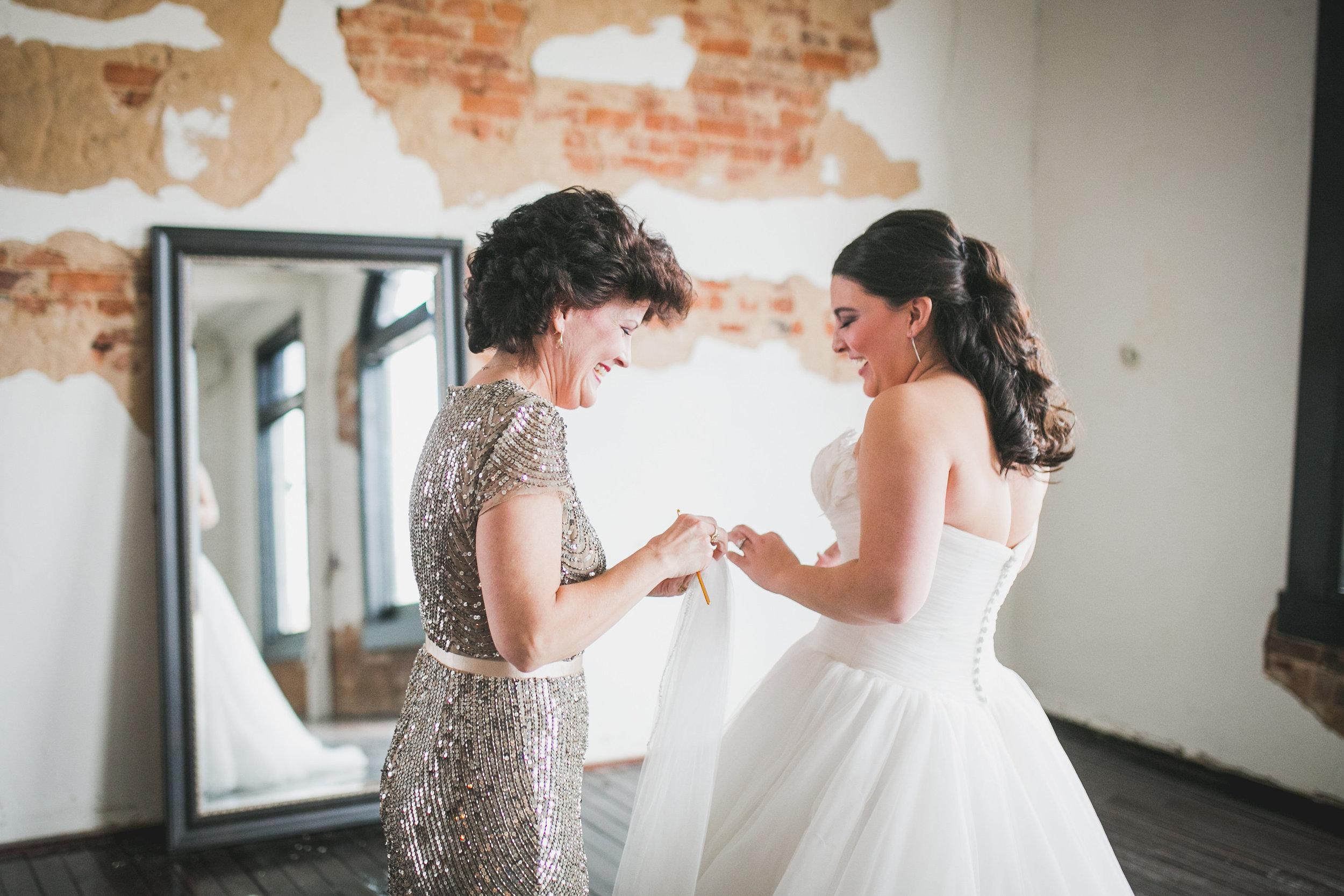 Nashville Wedding Photographers Opera House-145.jpg