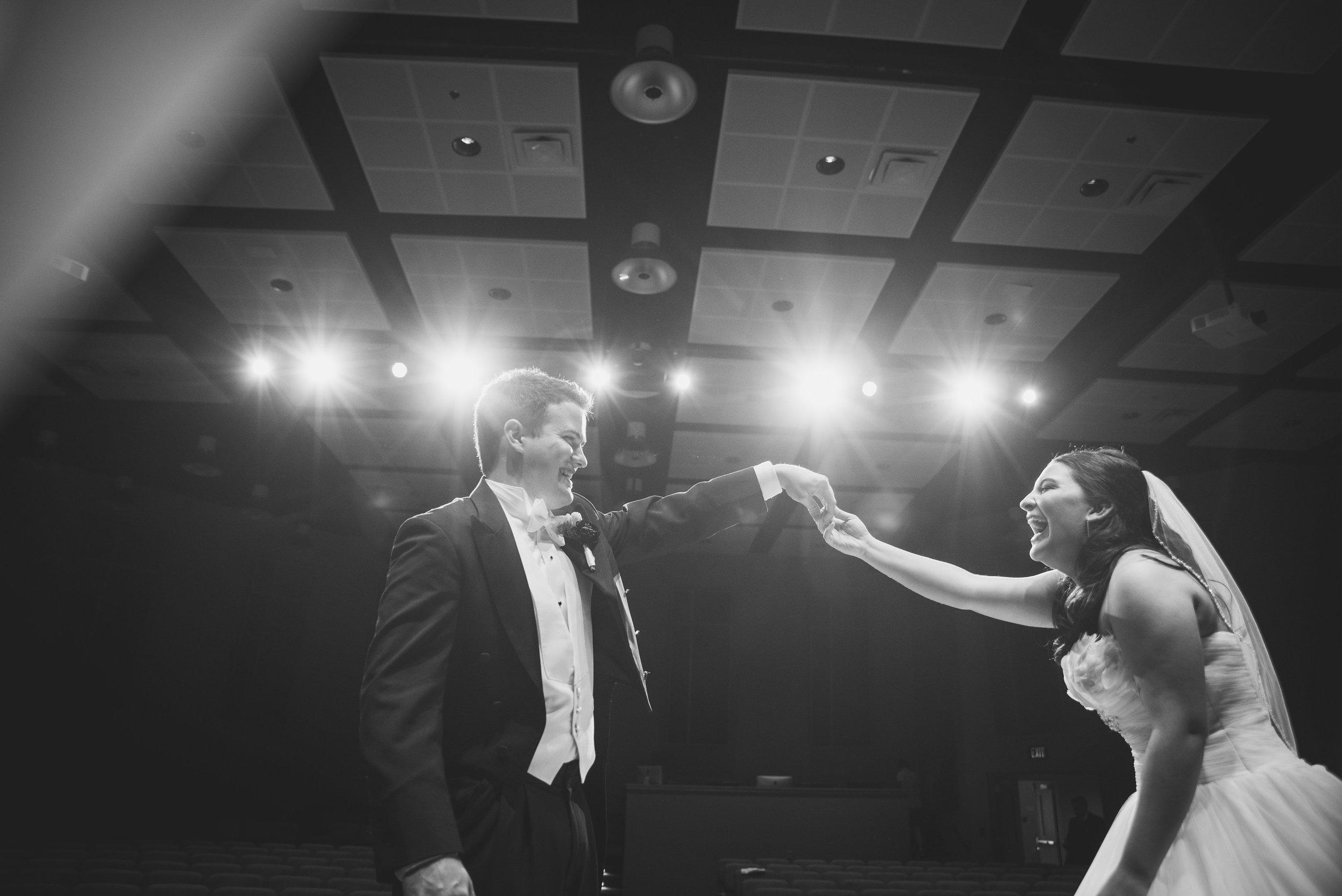 Nashville Wedding Photographers Opera House-520.jpg