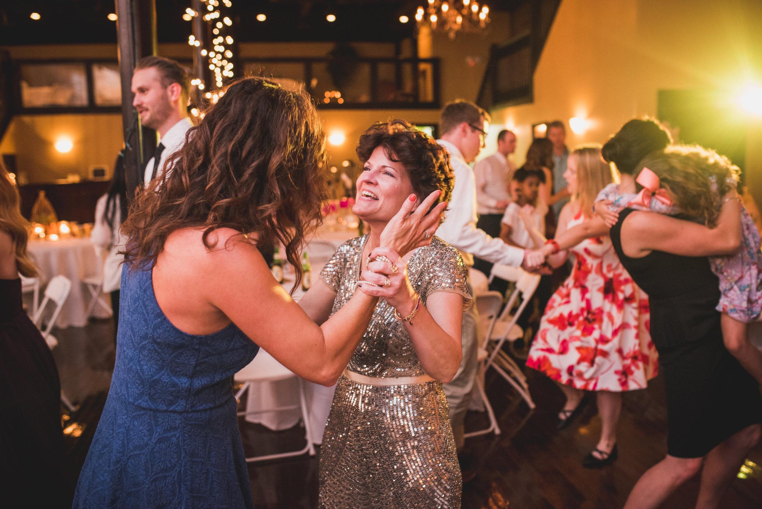 Nashville Wedding Photographers Opera House-800.jpg