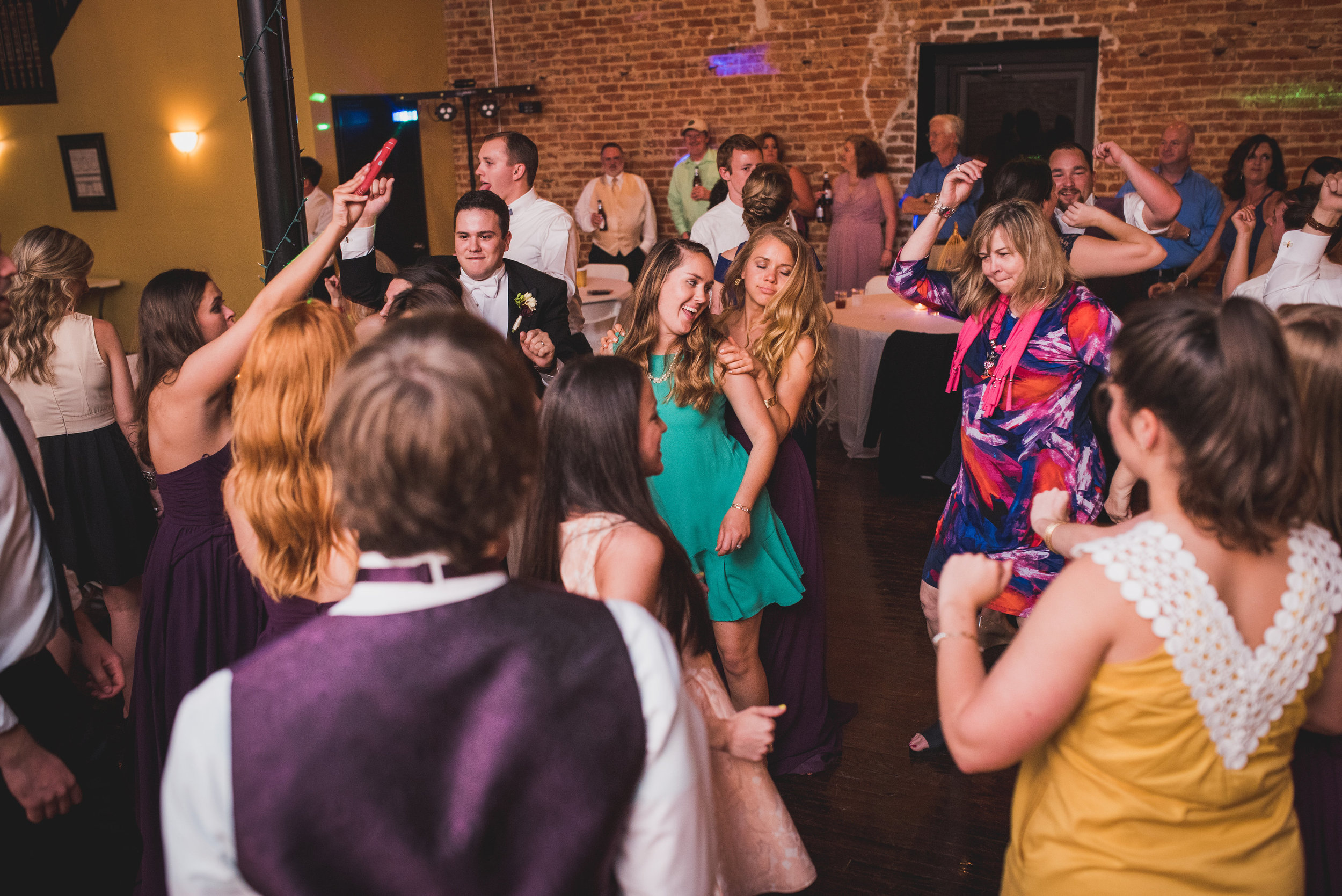 Nashville Wedding Photographers Opera House-831.jpg