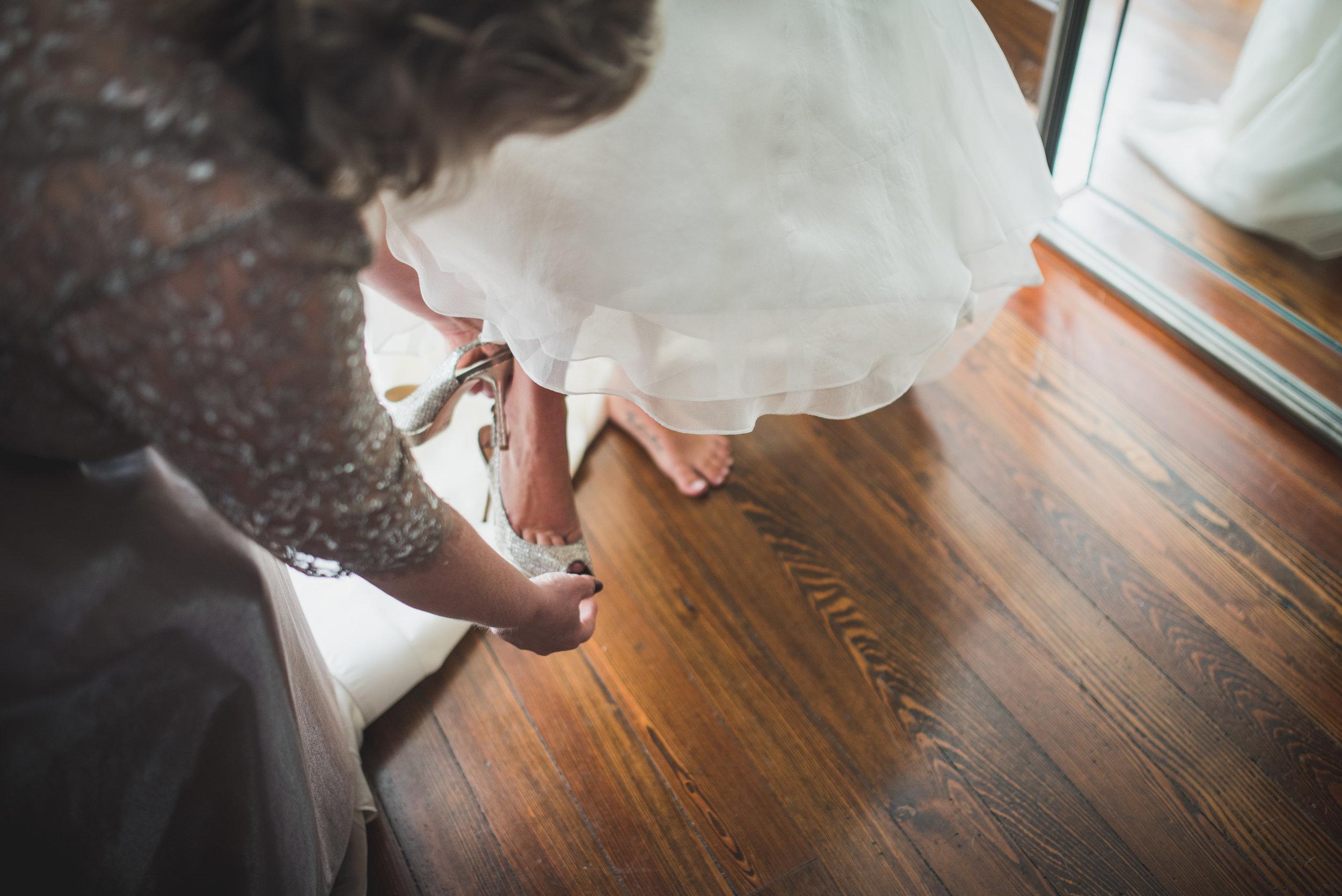 Nashville-wedding-photographers-CJ's-Off-The-Square-7.JPG