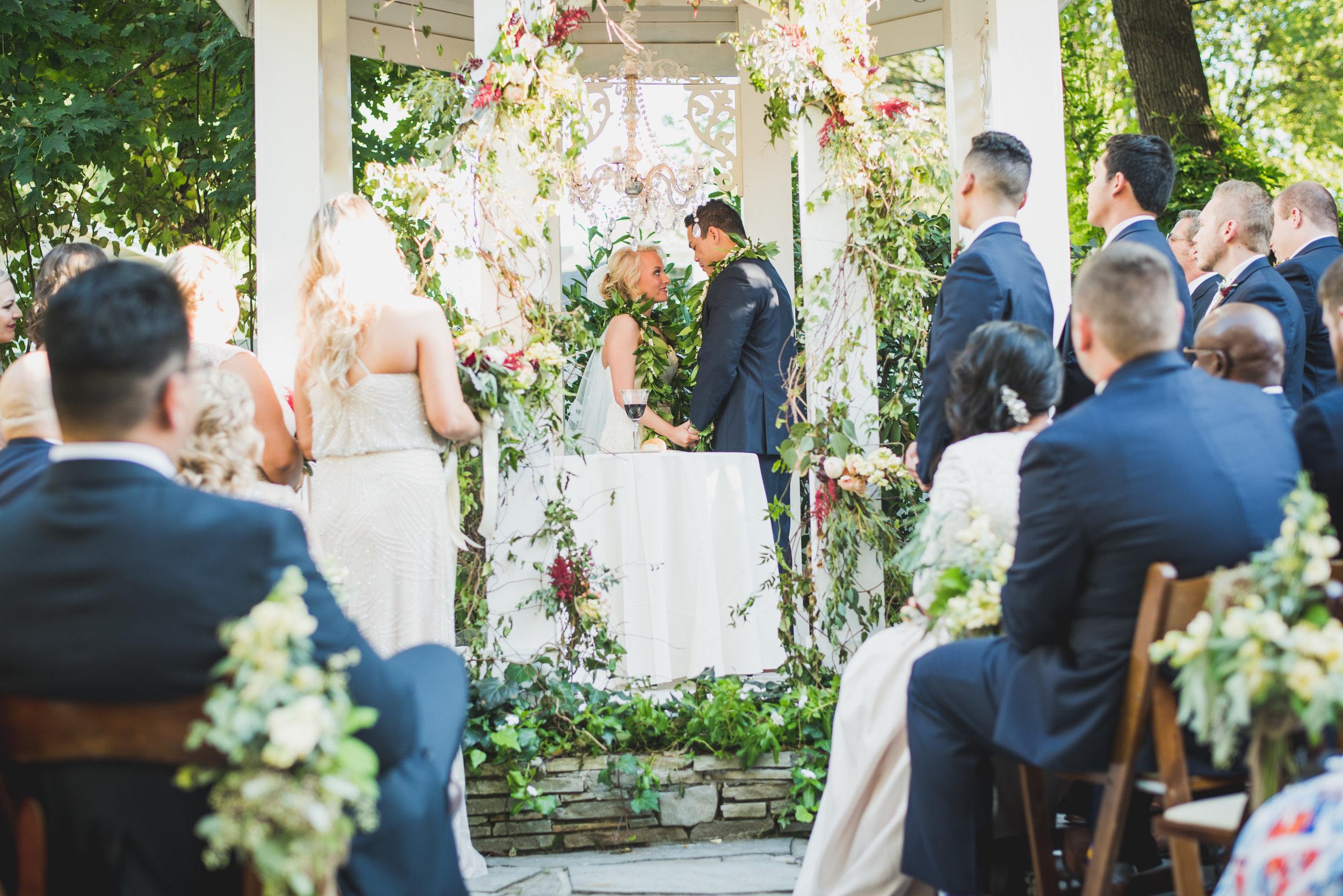 Nashville-wedding-photographers-CJ's-Off-The-Square-32.JPG