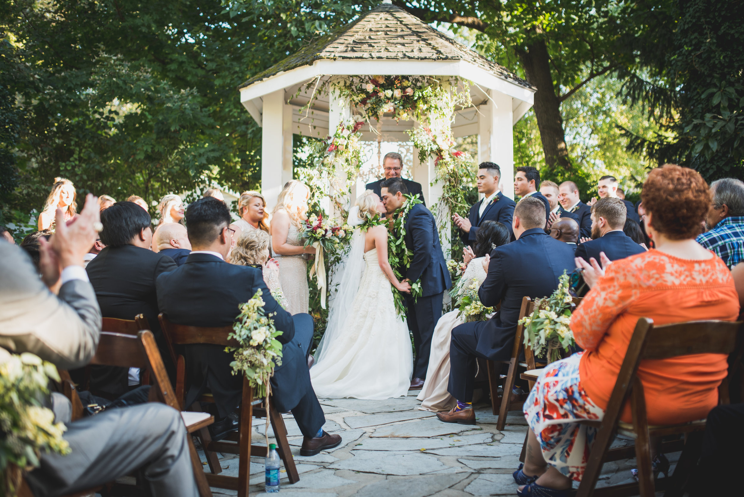 Nashville-wedding-photographers-CJ's-Off-The-Square-35.JPG
