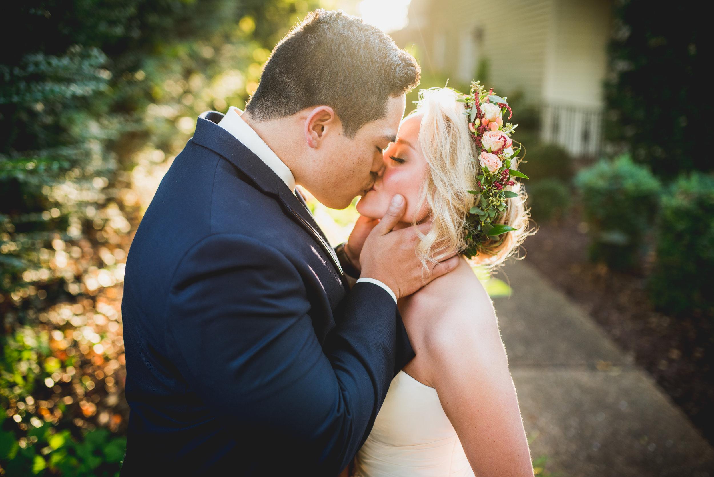 Nashville-wedding-photographers-CJ's-Off-The-Square-43.JPG