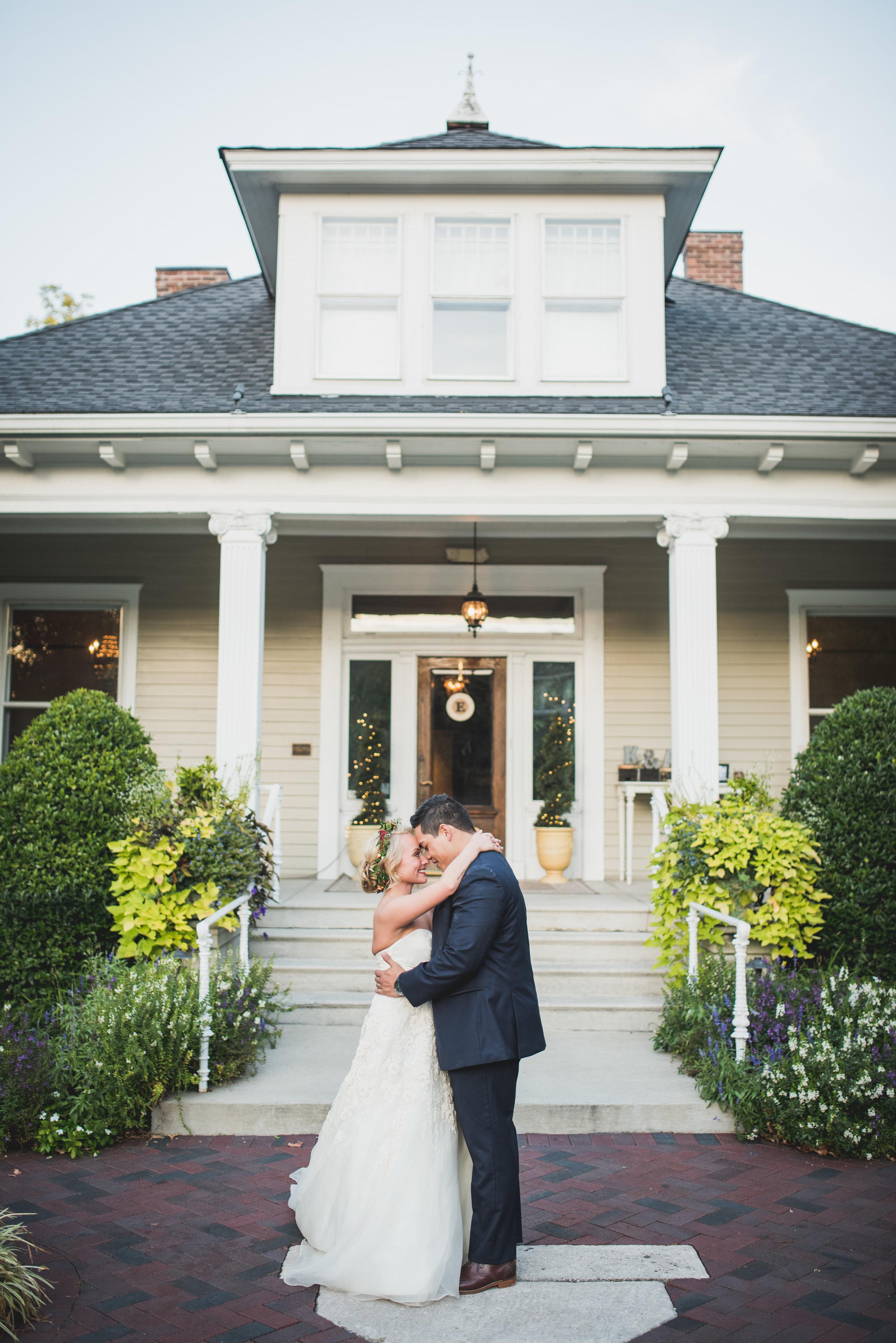 Nashville-wedding-photographers-CJ's-Off-The-Square-54.JPG