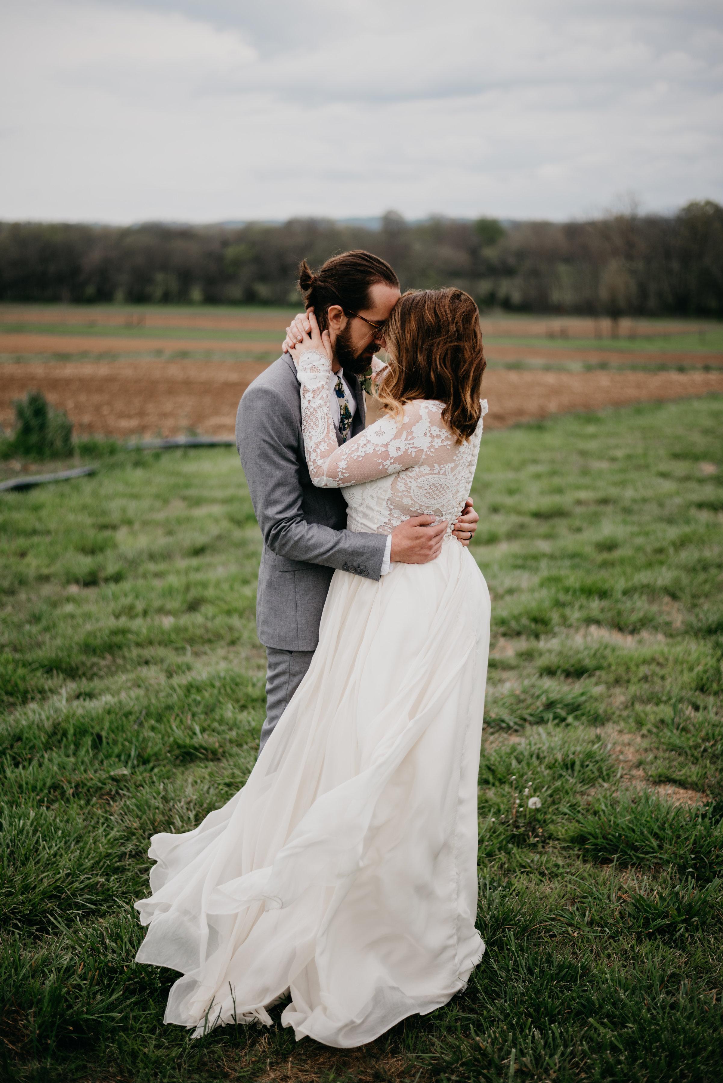 Allenbrooke-Farms-Nashville-Wedding-Photographers 11.jpg