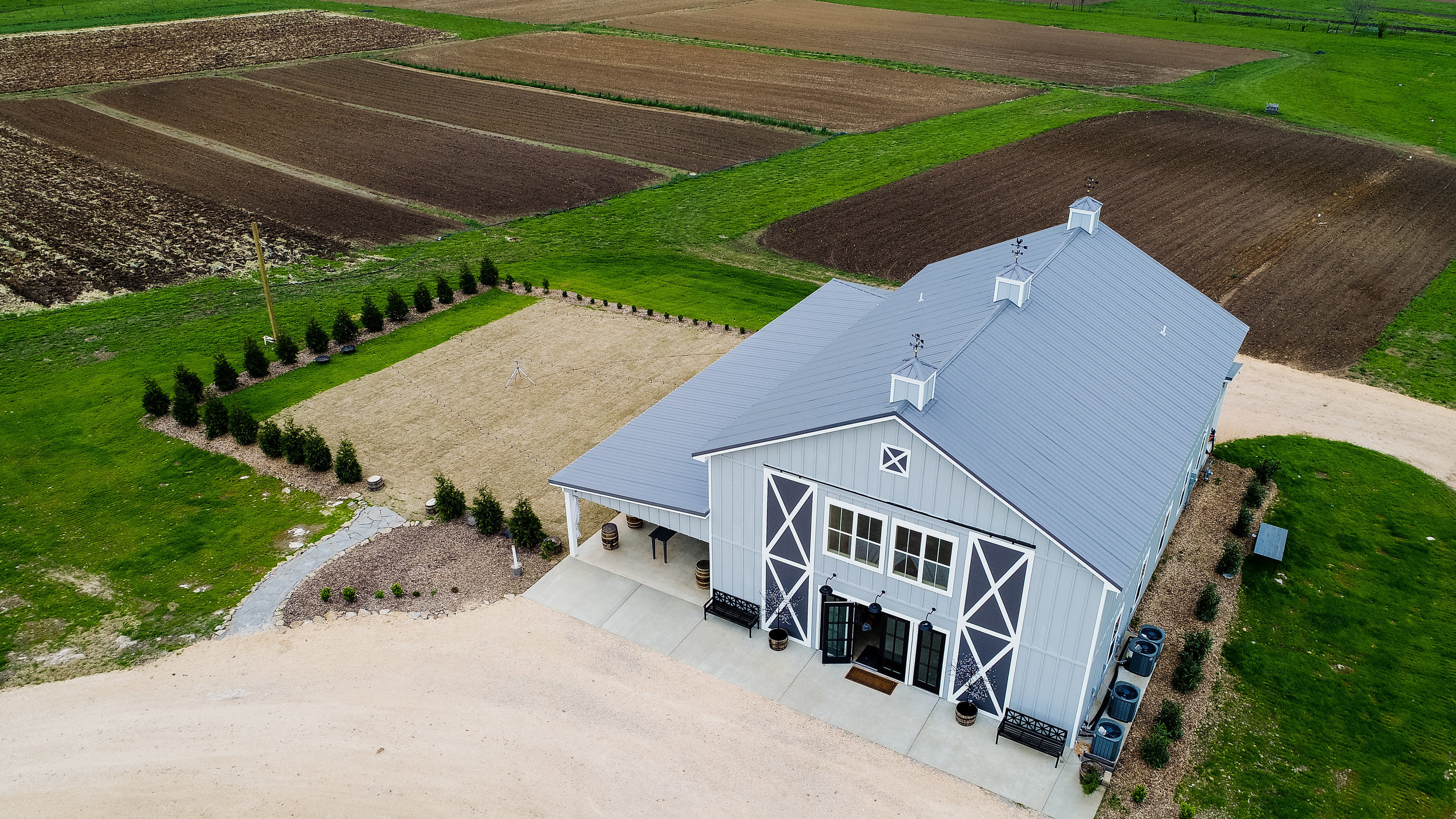 Allenbrooke-Farms-Nashville-Wedding-Photographers 16.jpg