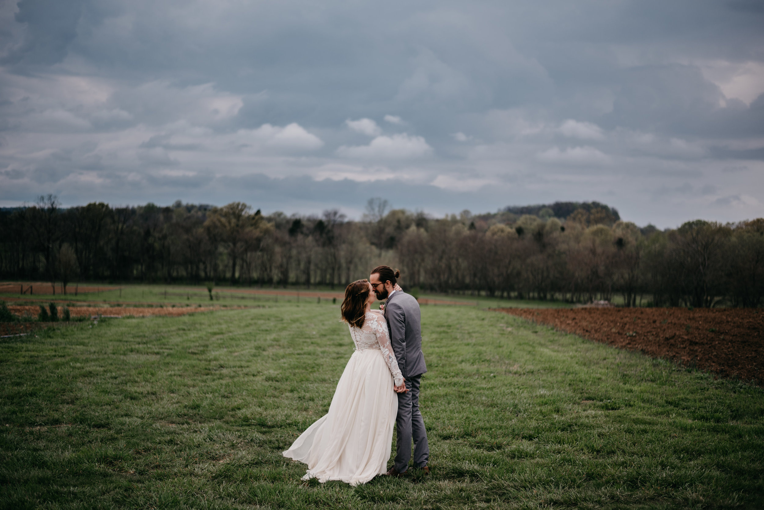 Allenbrooke-Farms-Nashville-Wedding-Photographers 26.jpg