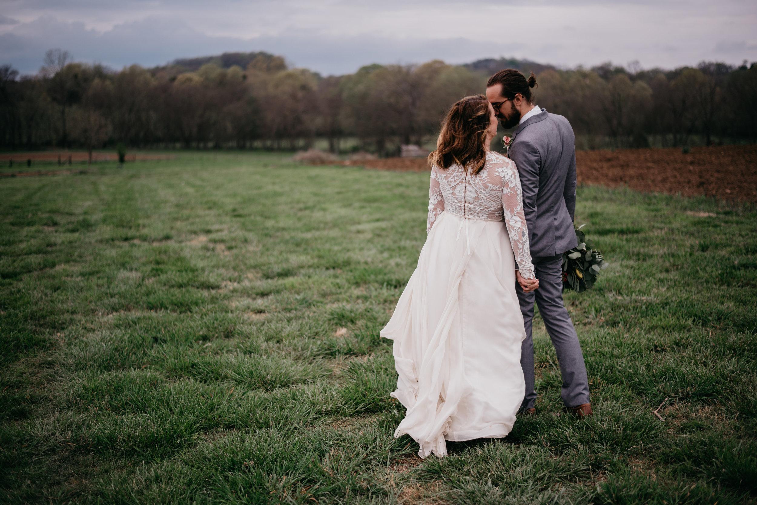 Allenbrooke-Farms-Nashville-Wedding-Photographers 32.jpg