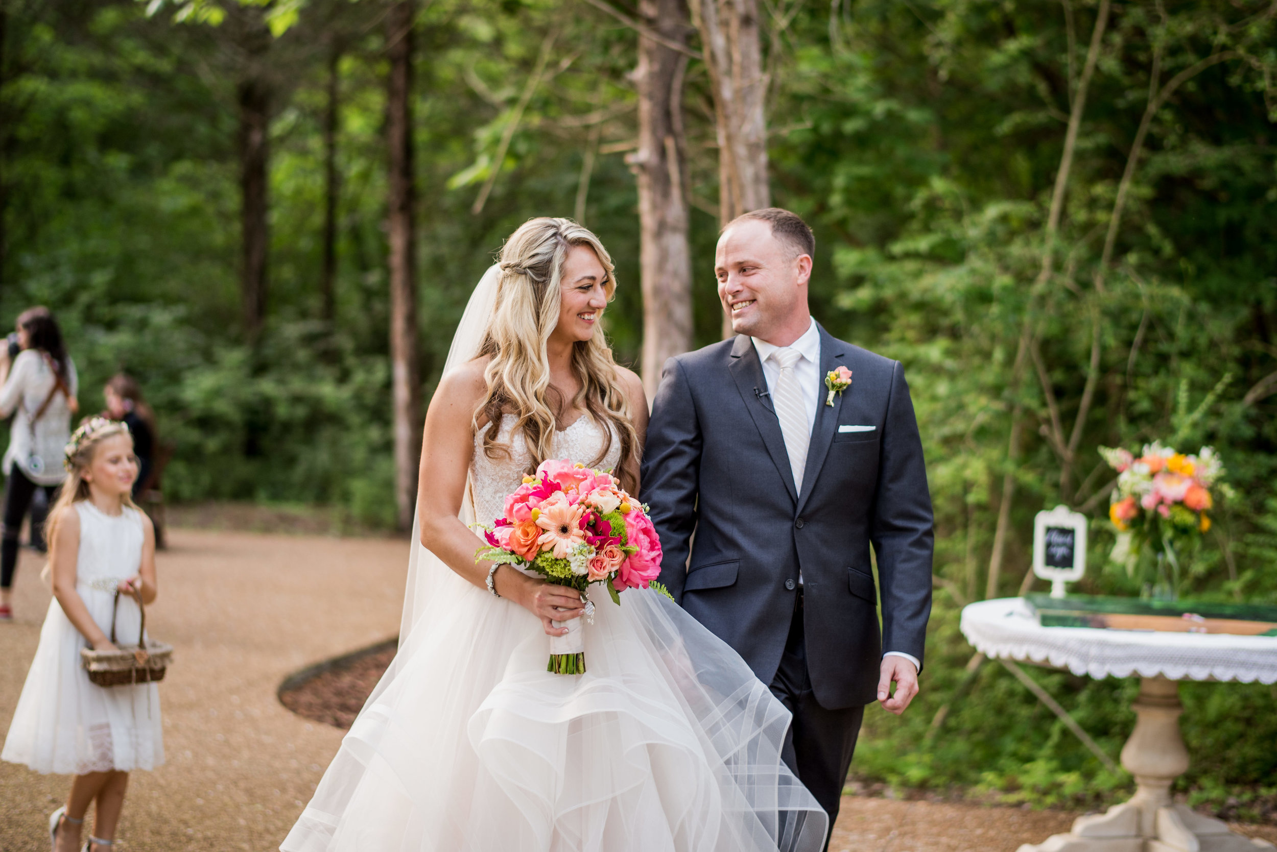 Nashville Wedding Photographers Drakewood Farm-707.jpg