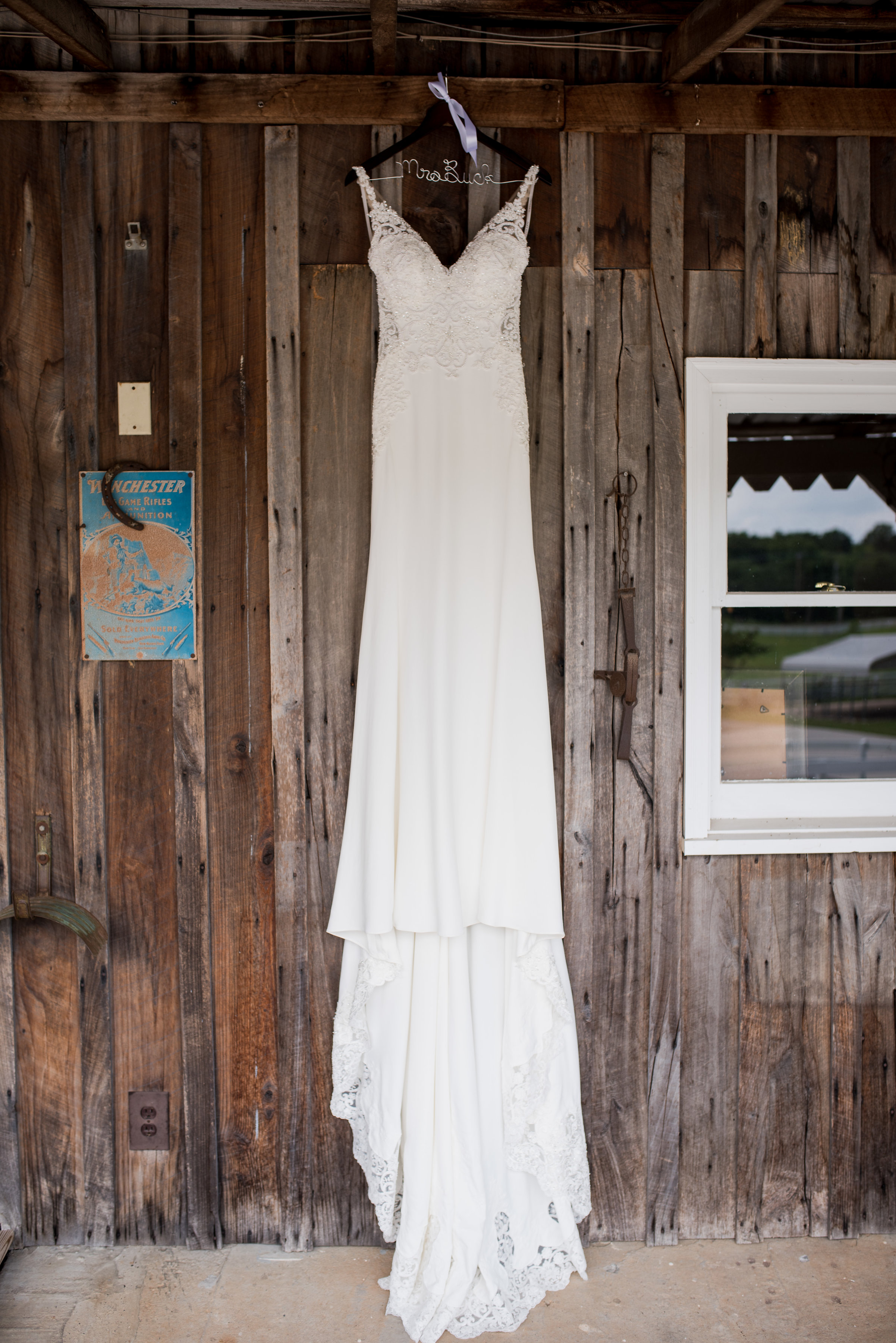 Saddlewood-Farms-Nashville-Wedding-Photographers-34.jpg