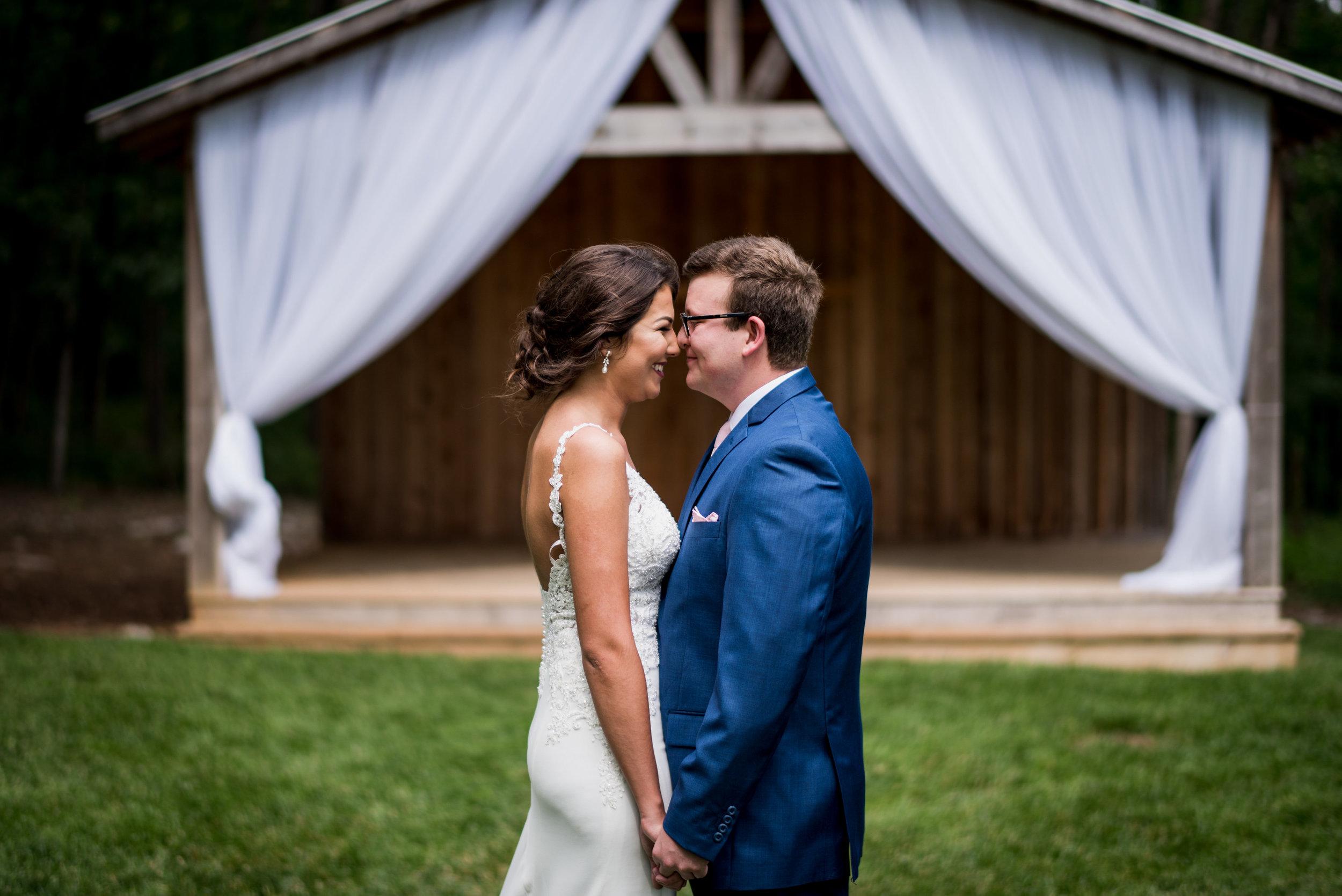 Saddlewood-Farms-Nashville-Wedding-Photographers-112.jpg