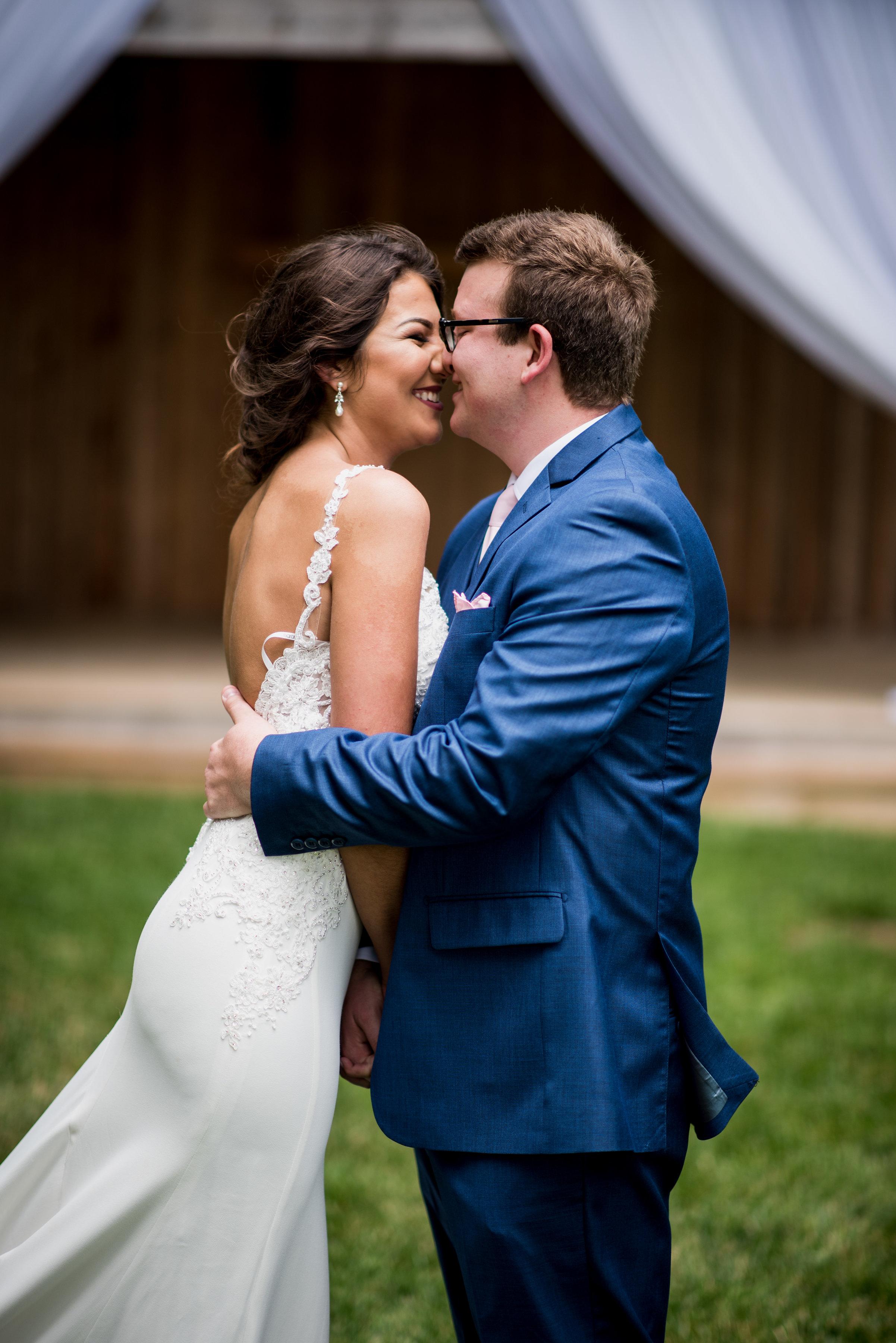 Saddlewood-Farms-Nashville-Wedding-Photographers-123.jpg