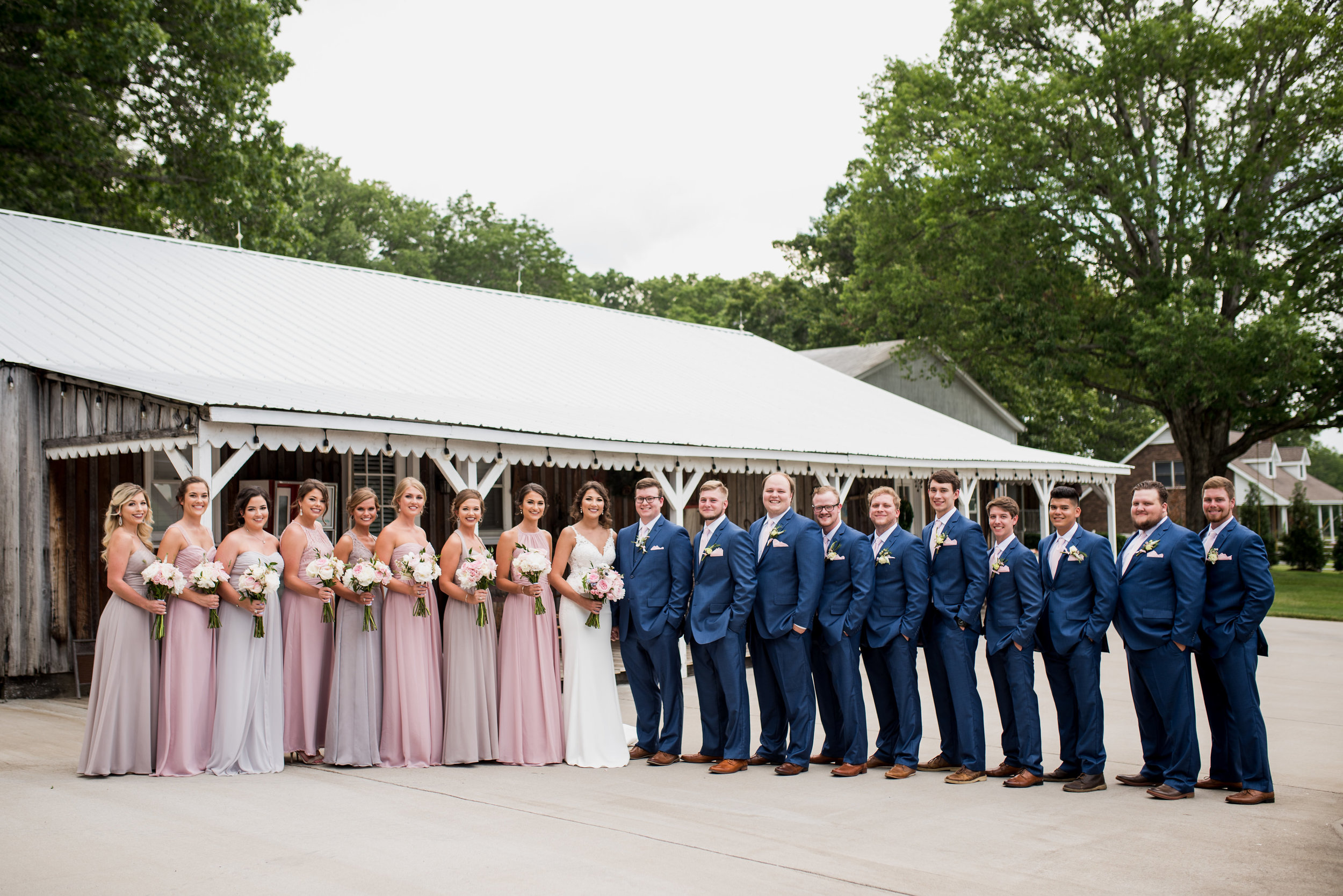 Saddlewood-Farms-Nashville-Wedding-Photographers-127.jpg