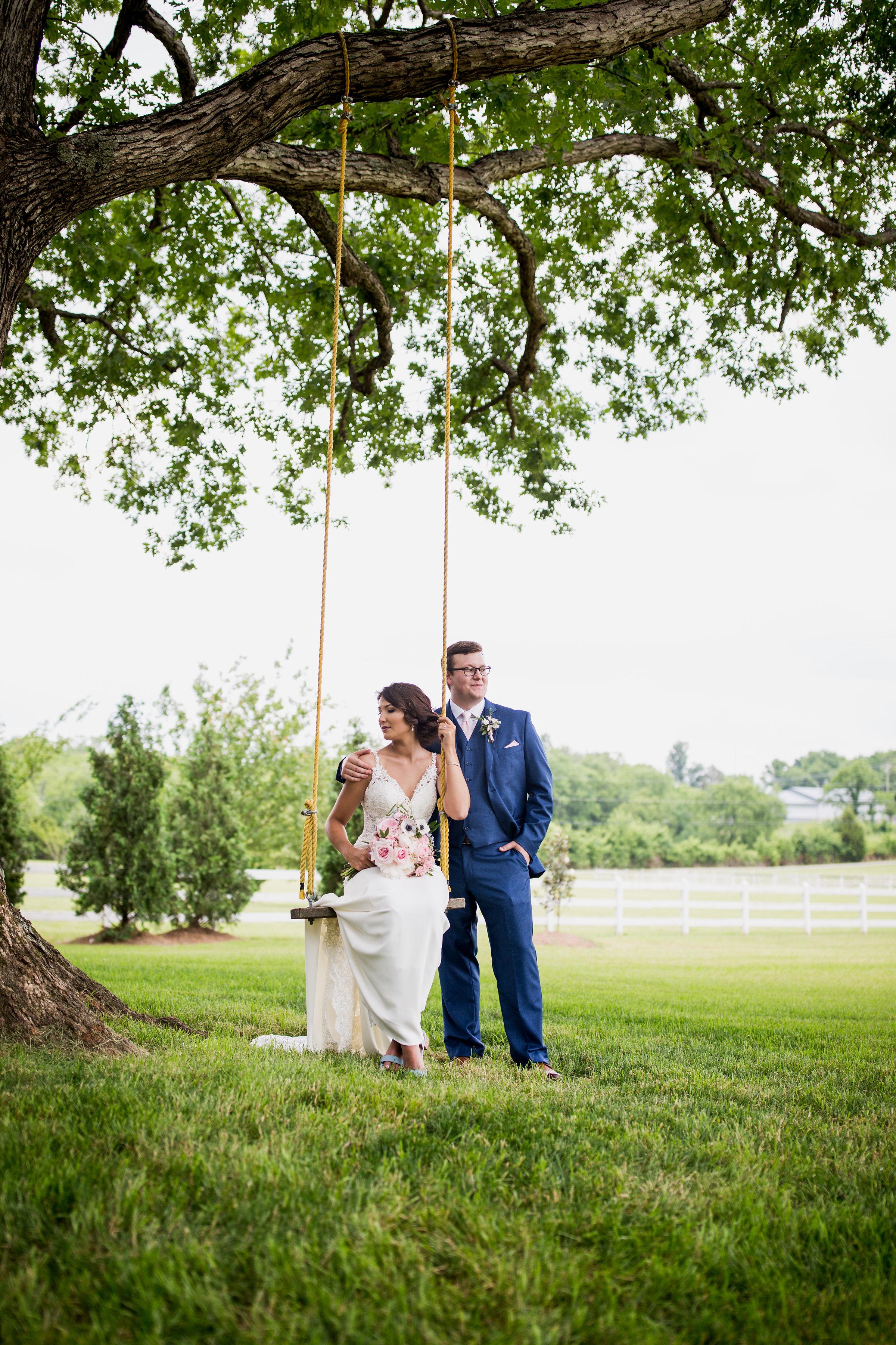 Saddlewood-Farms-Nashville-Wedding-Photographers-278.jpg