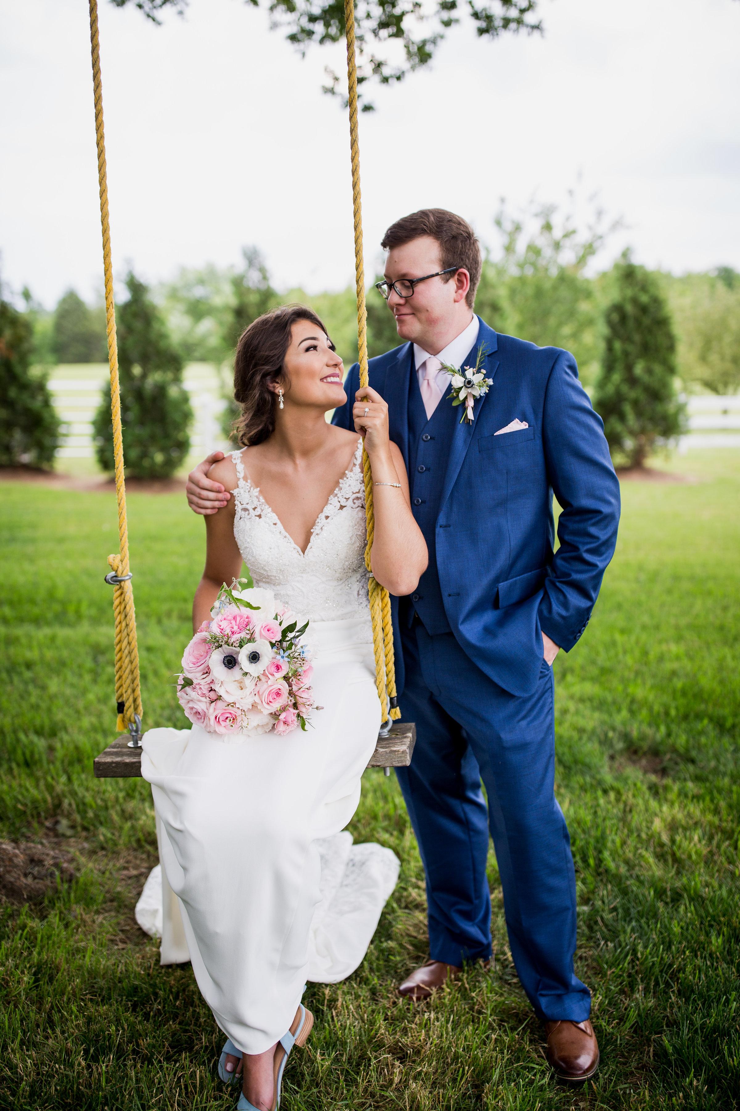 Saddlewood-Farms-Nashville-Wedding-Photographers-280.jpg