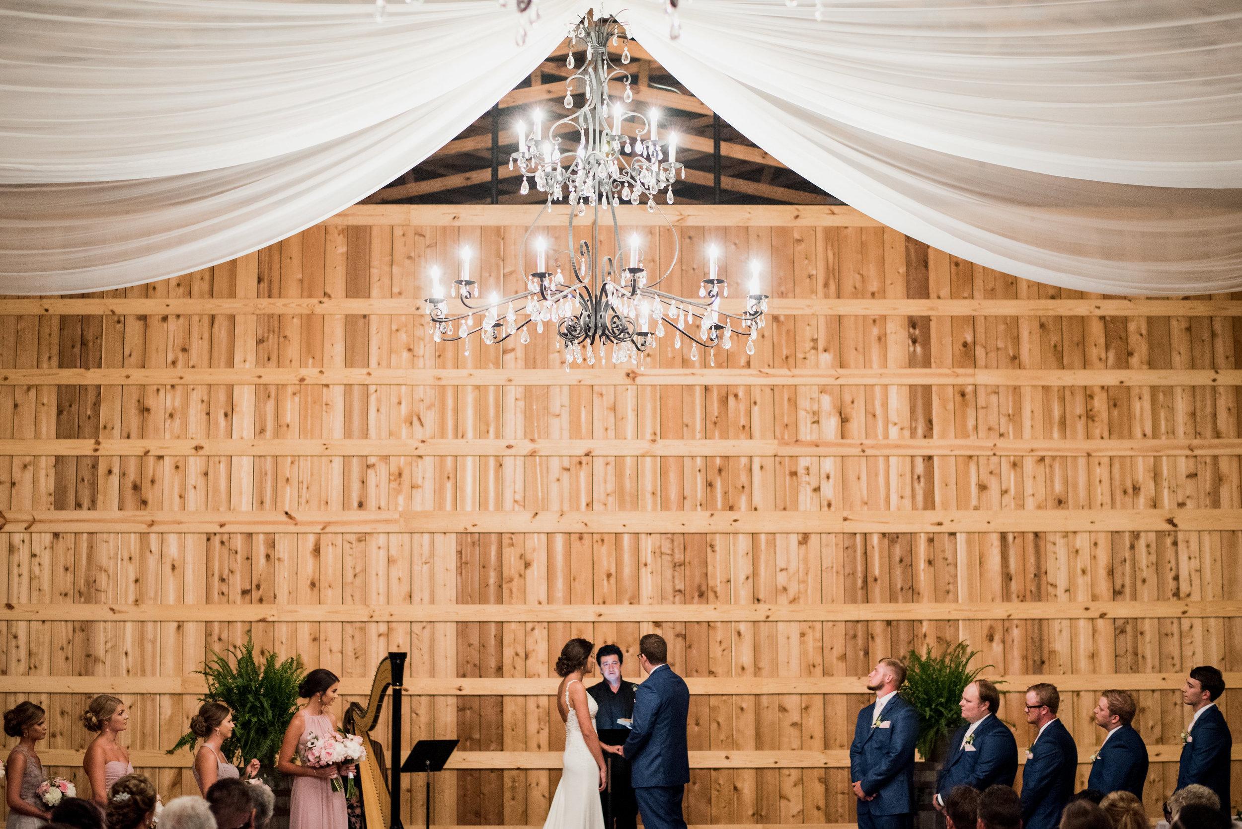 Saddlewood-Farms-Nashville-Wedding-Photographers-442.jpg