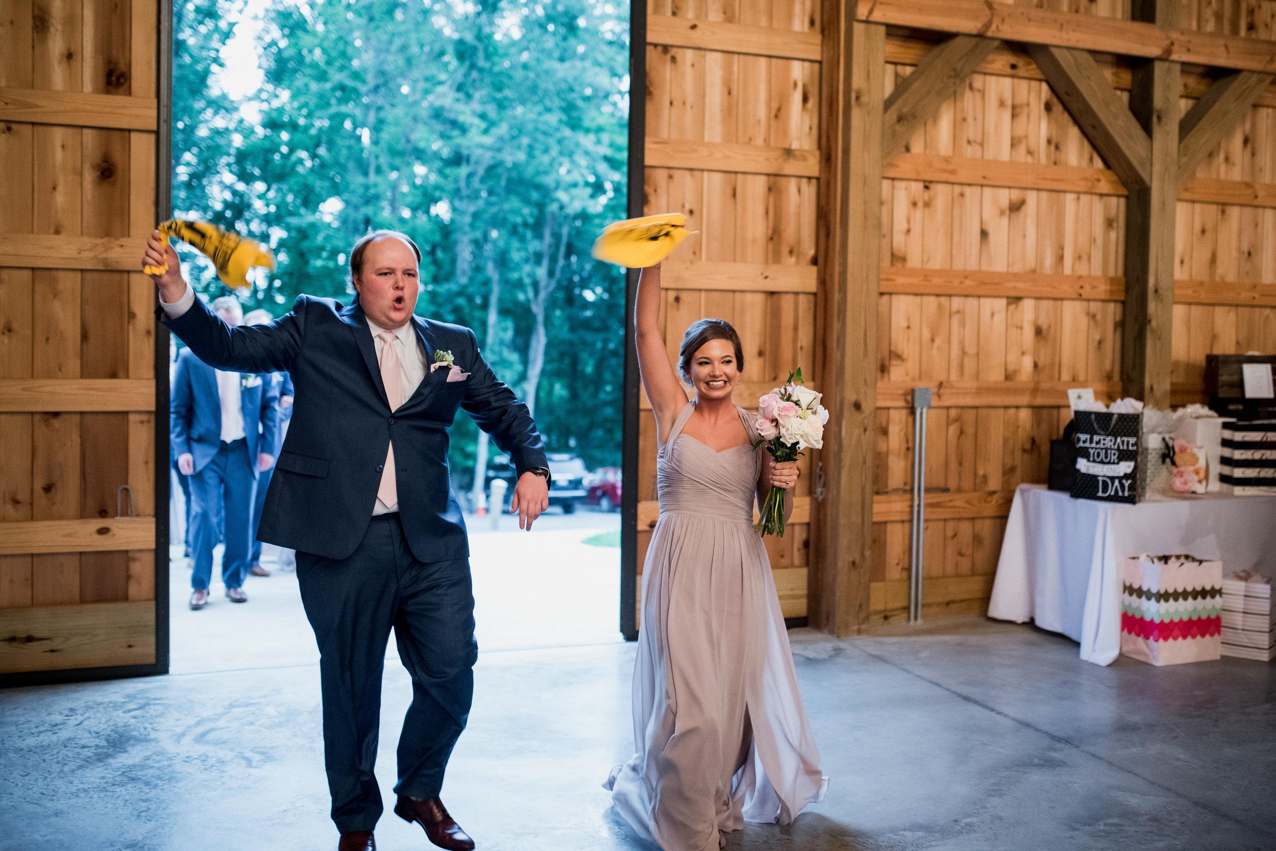 Saddlewood-Farms-Nashville-Wedding-Photographers-560.jpg