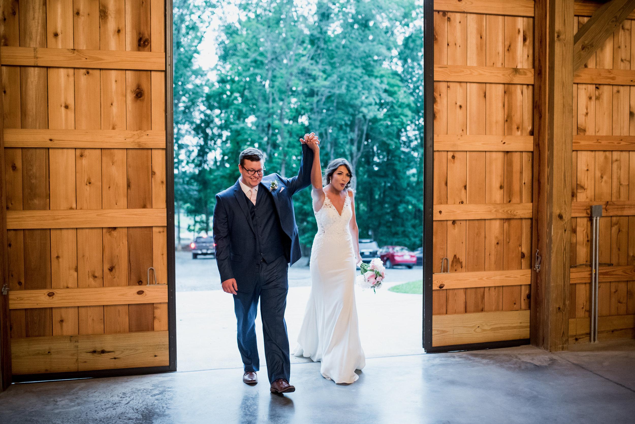 Saddlewood-Farms-Nashville-Wedding-Photographers-590.jpg
