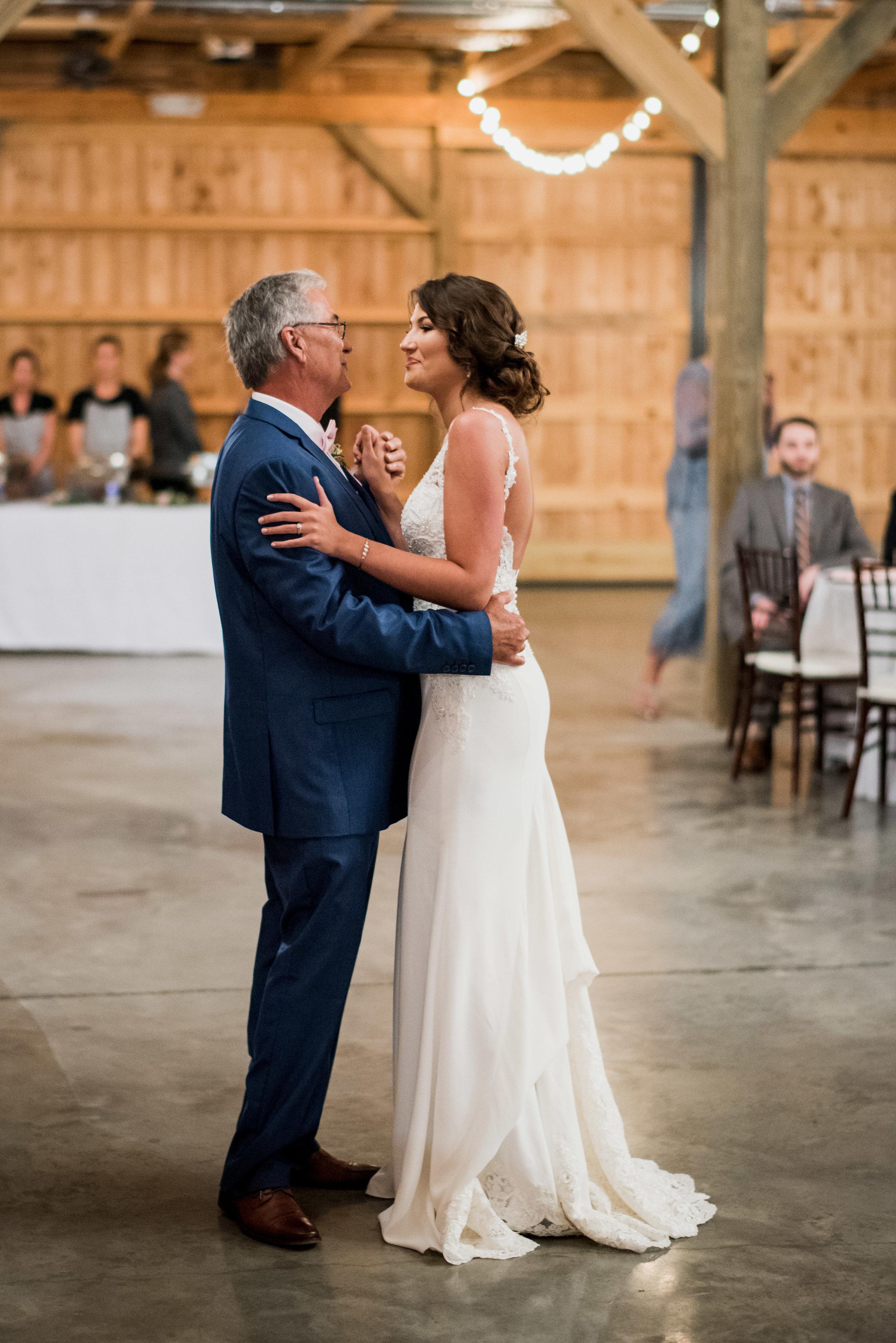 Saddlewood-Farms-Nashville-Wedding-Photographers-610.jpg