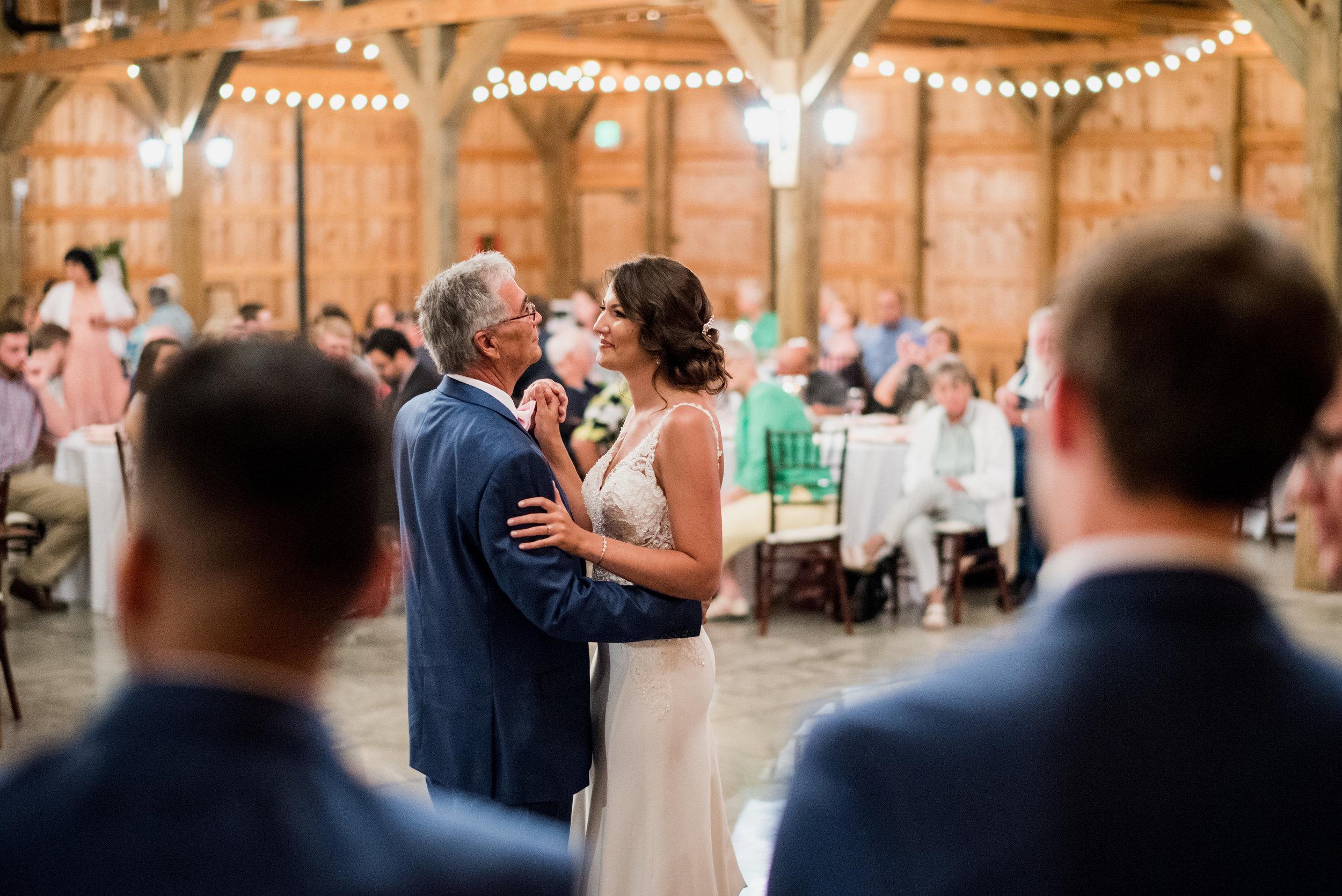 Saddlewood-Farms-Nashville-Wedding-Photographers-617.jpg