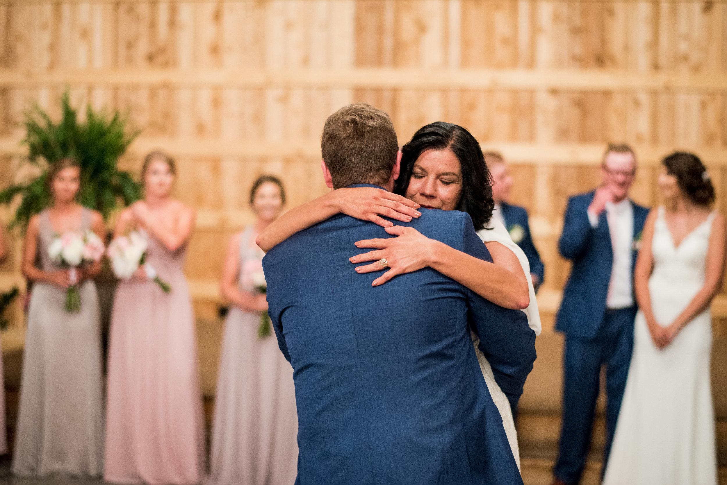 Saddlewood-Farms-Nashville-Wedding-Photographers-623.jpg