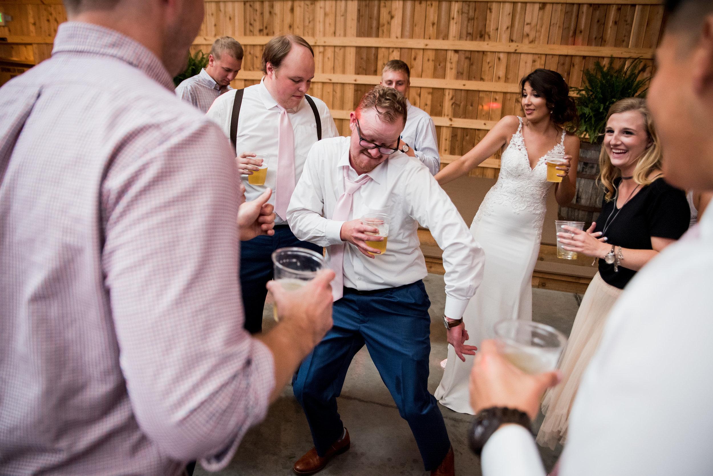 Saddlewood-Farms-Nashville-Wedding-Photographers-775.jpg