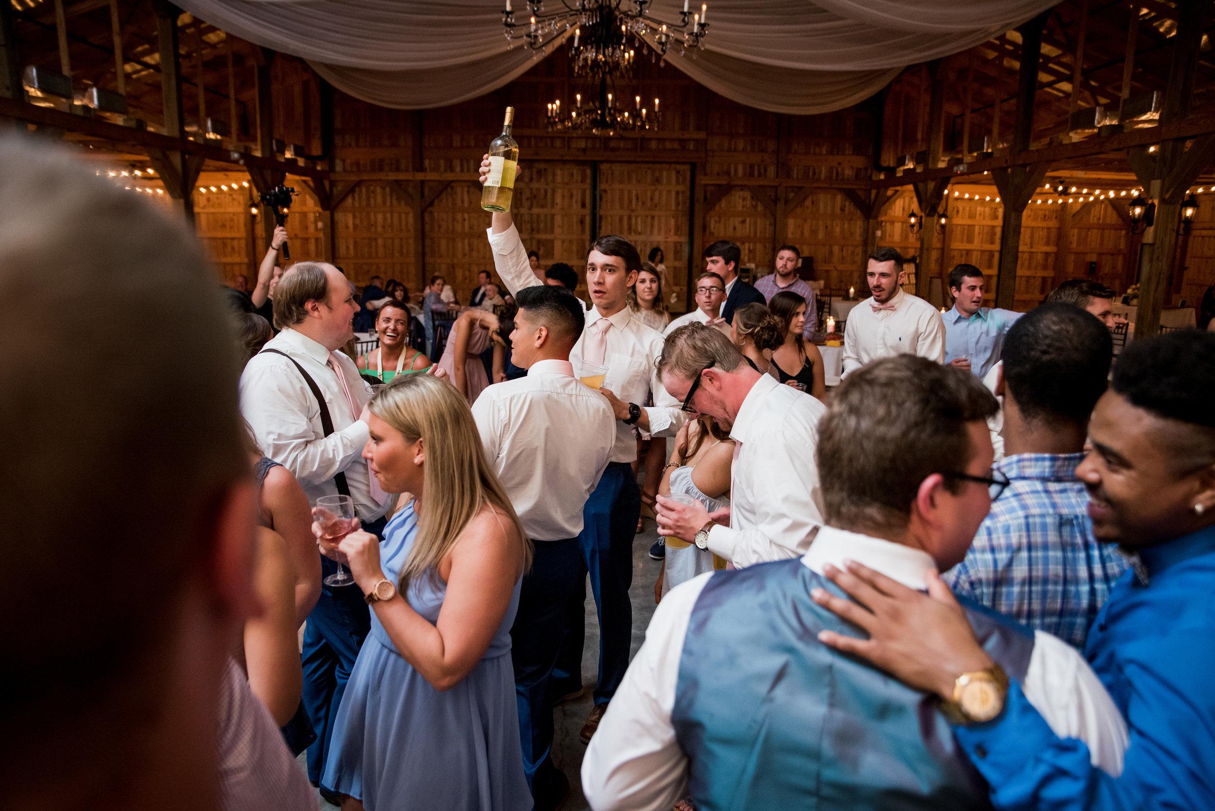 Saddlewood-Farms-Nashville-Wedding-Photographers-836.jpg