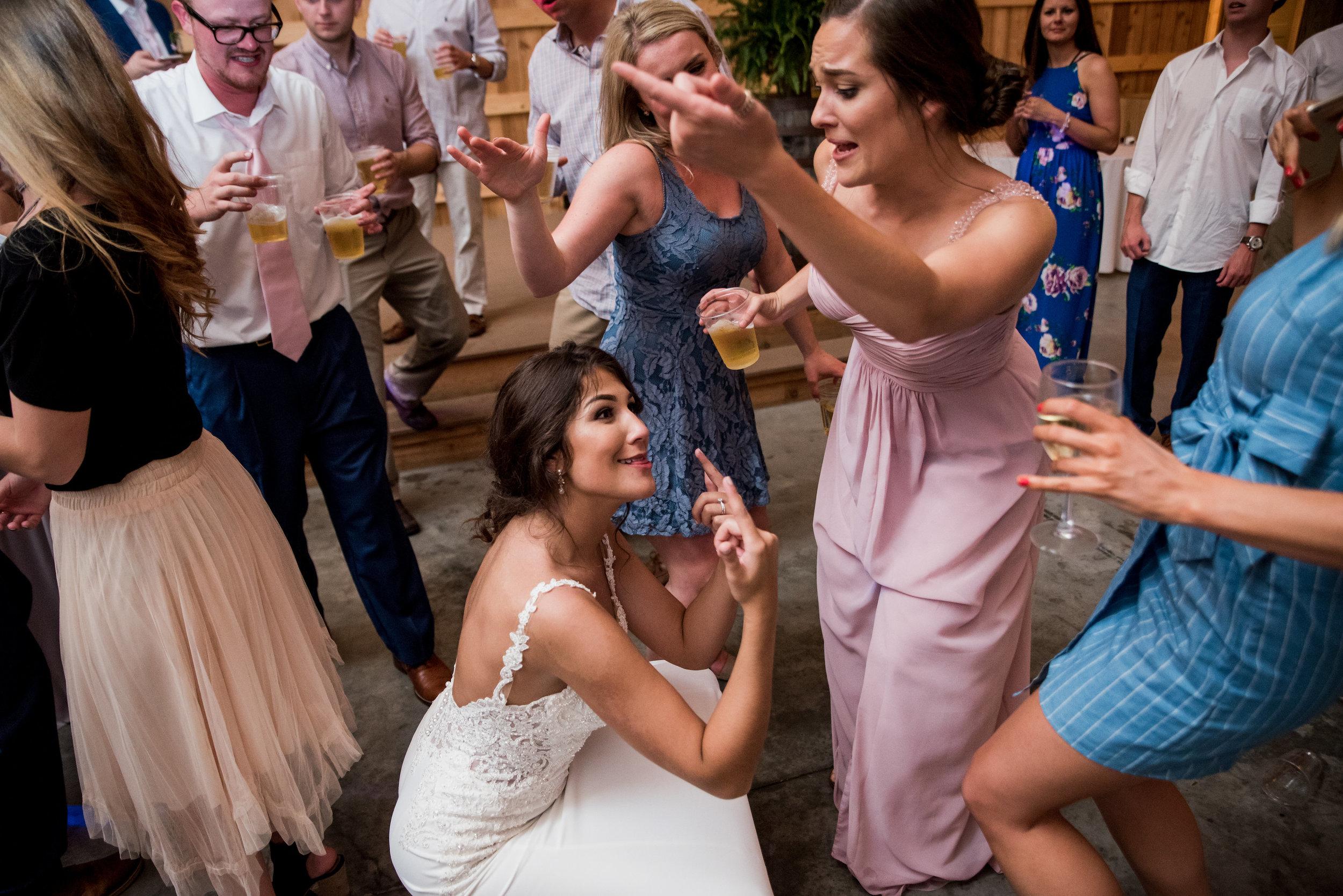 Saddlewood-Farms-Nashville-Wedding-Photographers-846.jpg