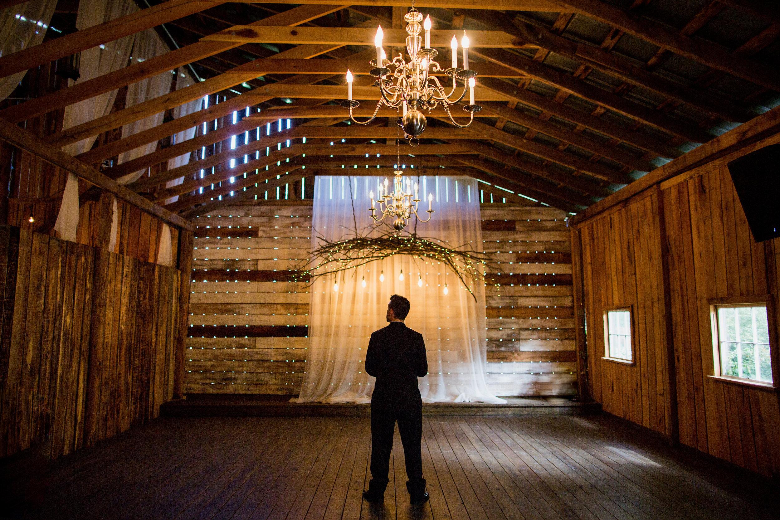 Meadow-Hill-Farm-Wedding 8.jpg