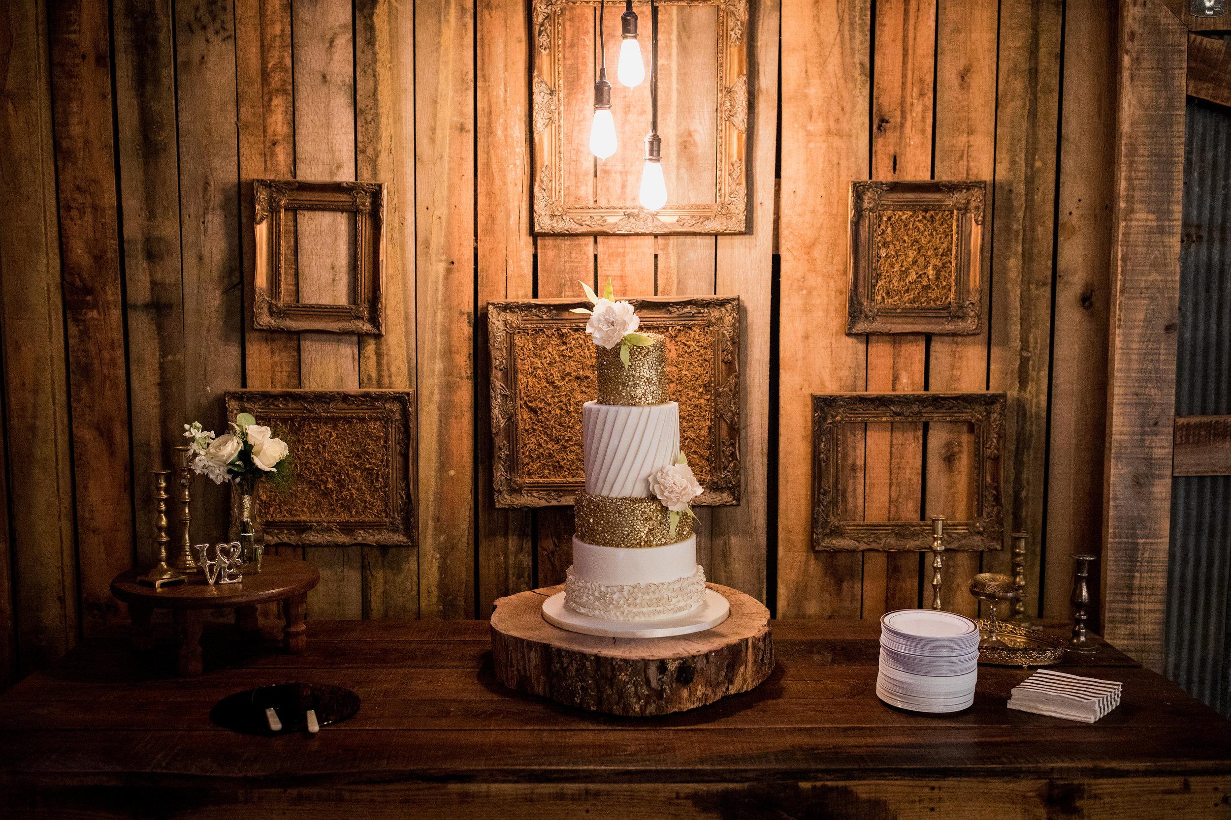 Meadow-Hill-Farm-Wedding 14.jpg