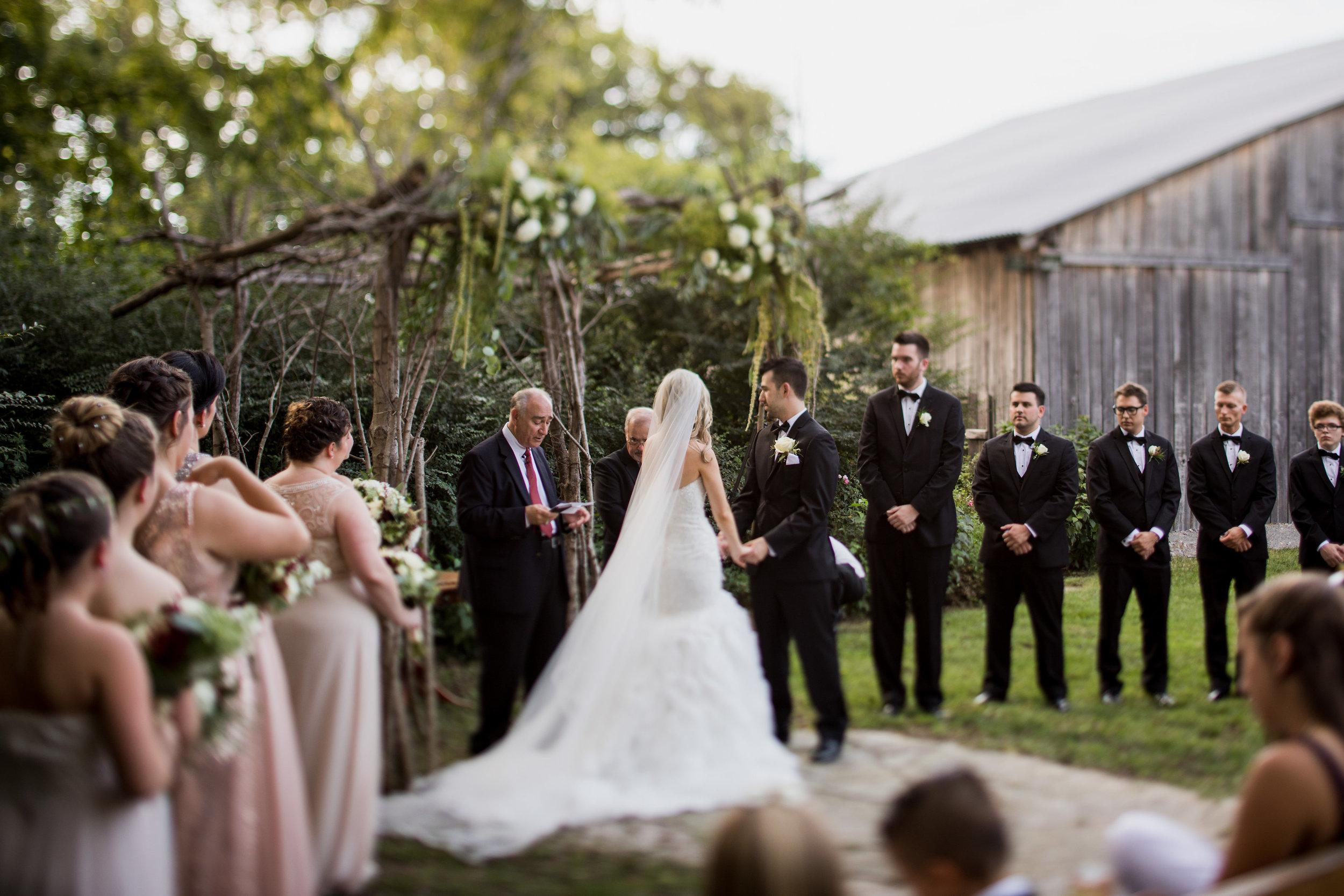 Meadow-Hill-Farm-Wedding 20.jpg