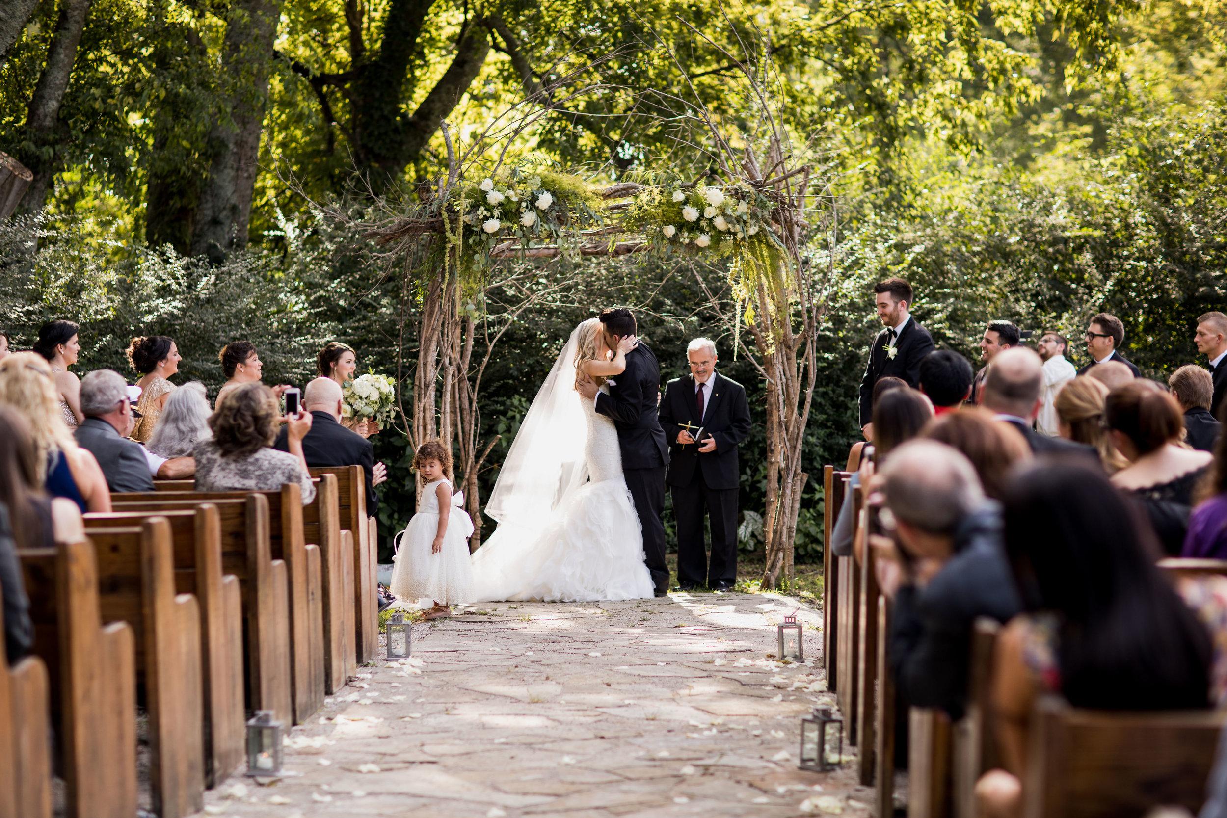 Meadow-Hill-Farm-Wedding 21.jpg