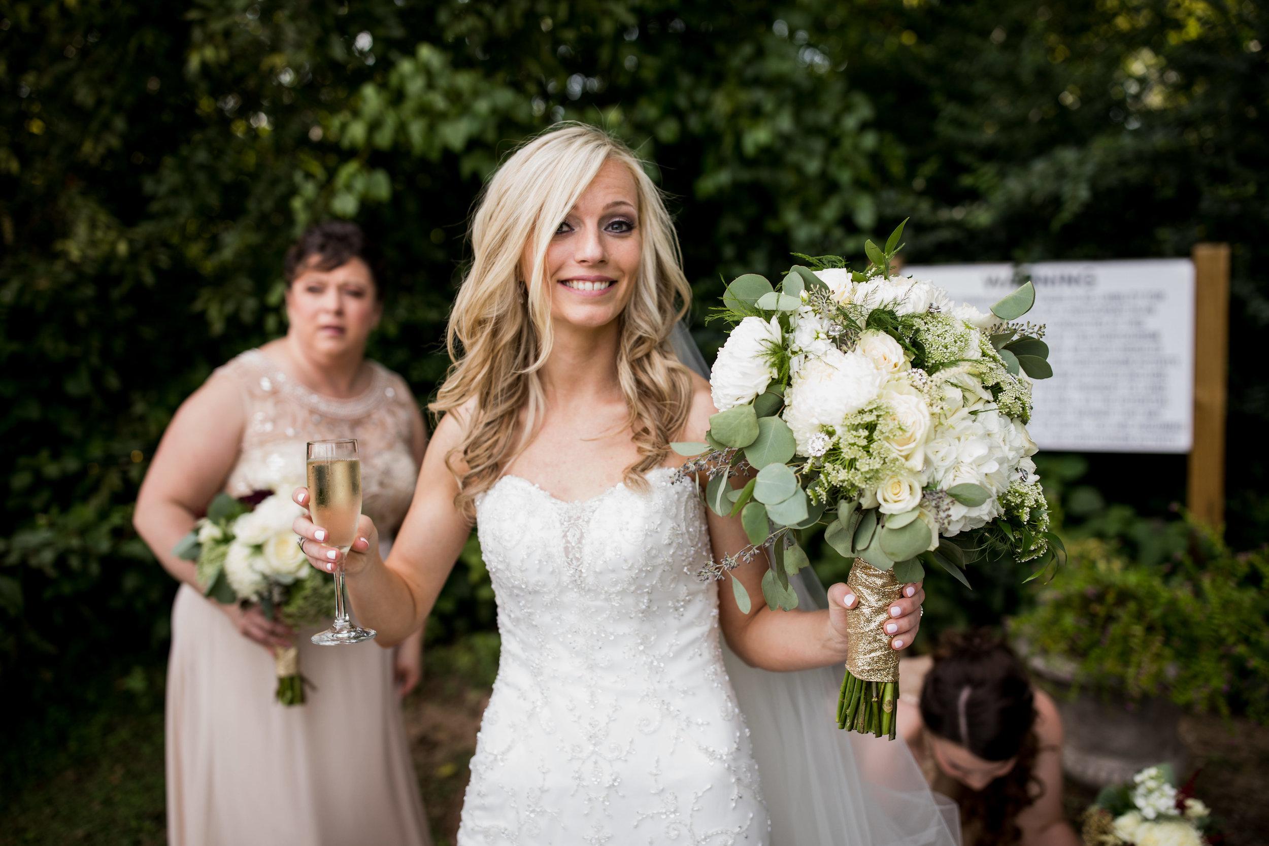 Meadow-Hill-Farm-Wedding 23.jpg