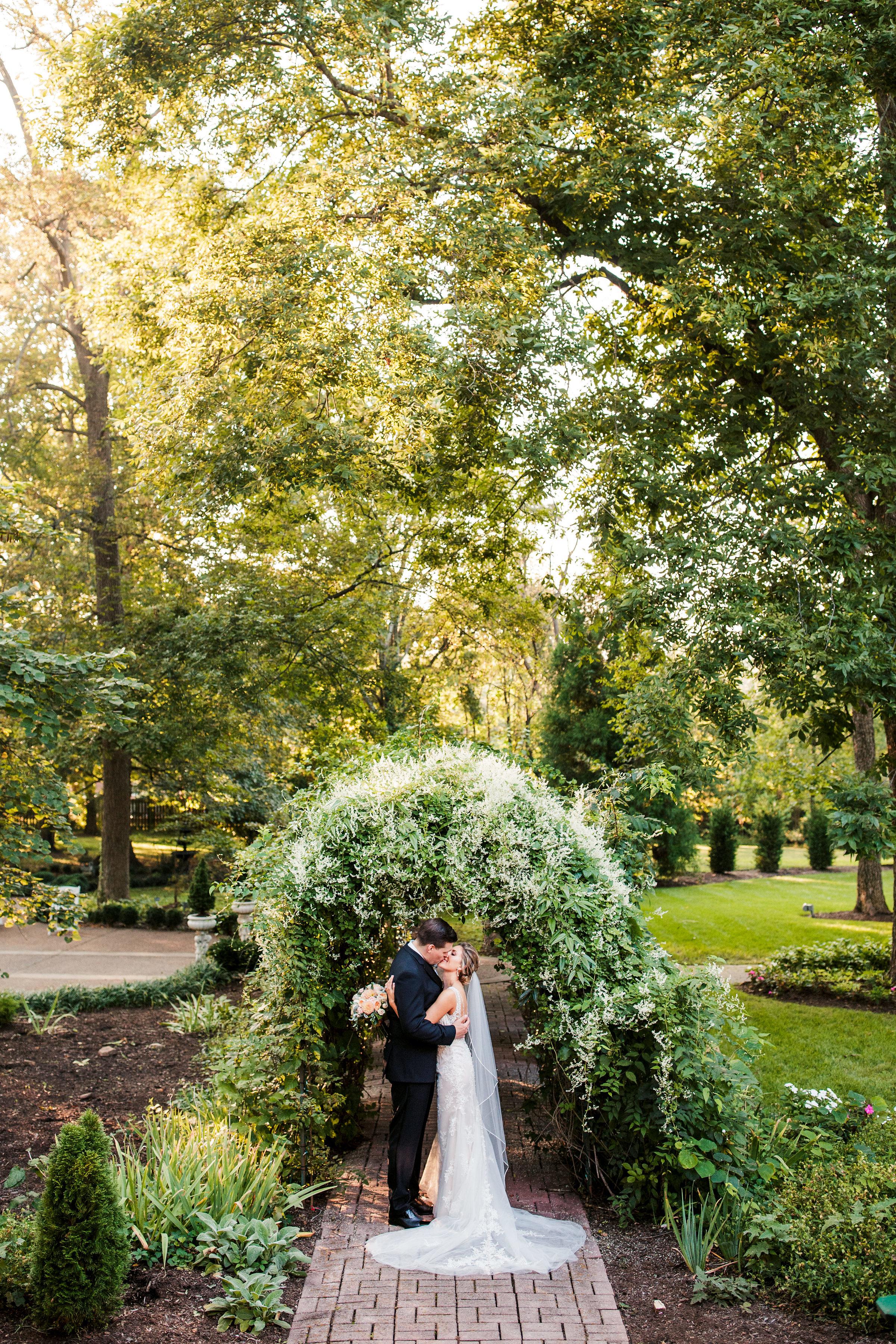 Riverwood-Mansion-Wedding18.jpg