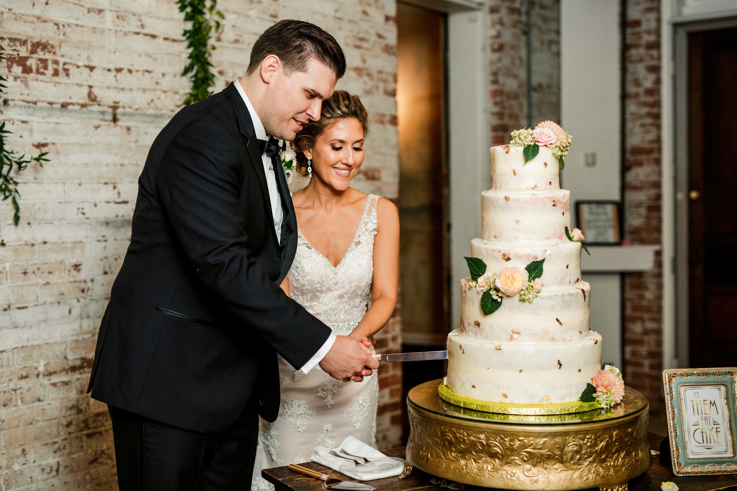 Riverwood-Mansion-Wedding38.jpg