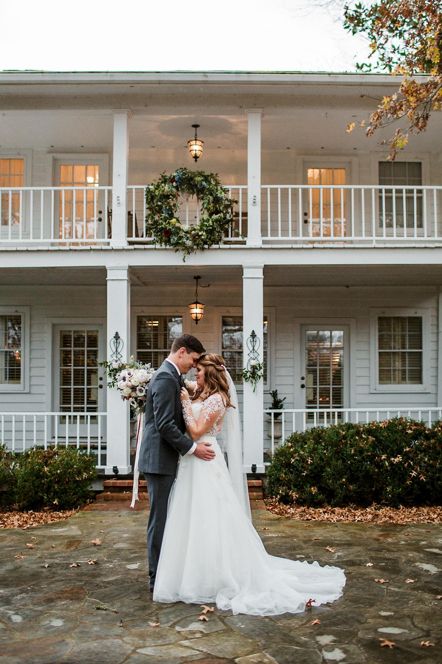 Cedarwood-Nashville-Wedding-Photographers 19.jpg