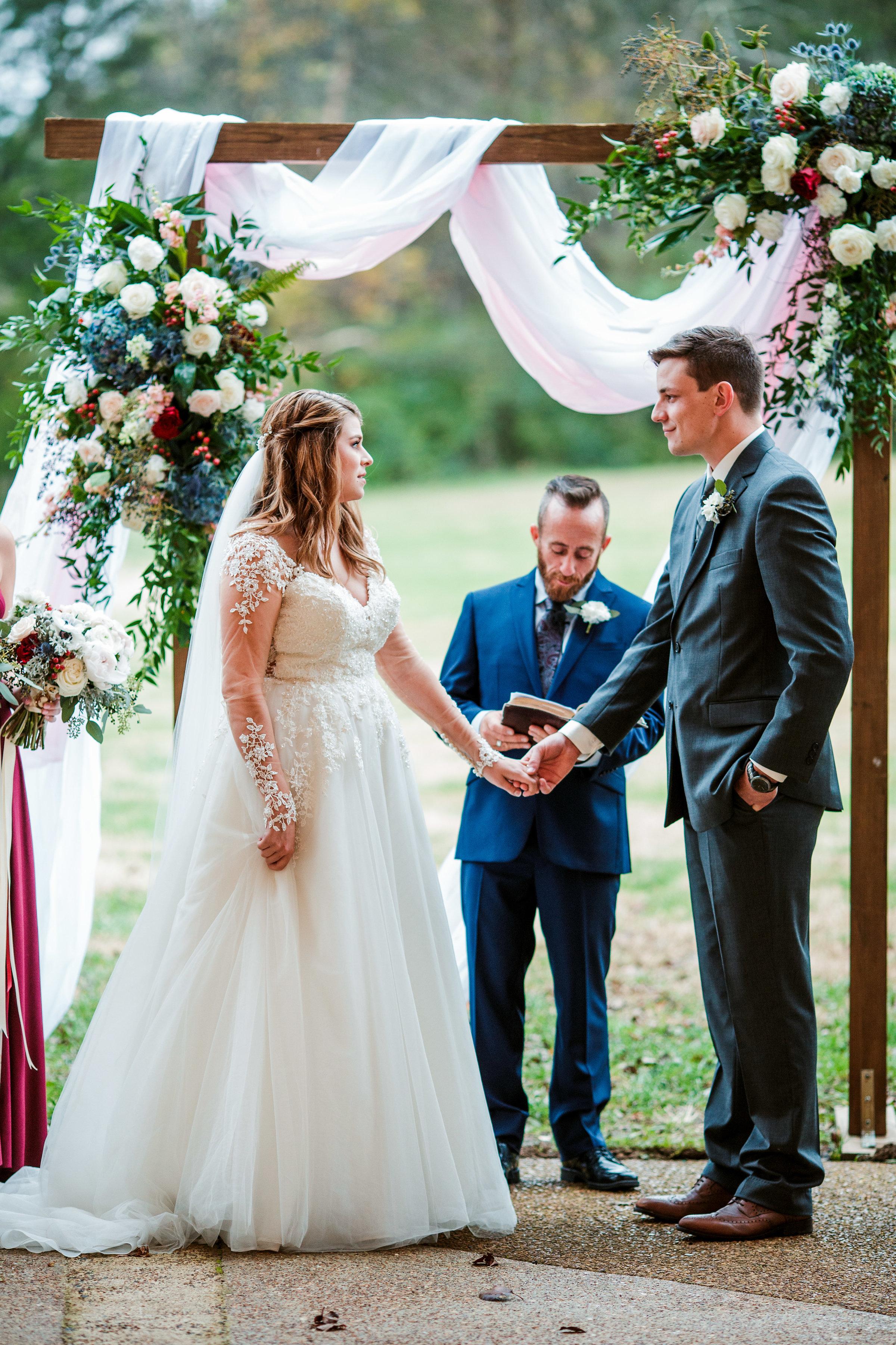 Cedarwood-Nashville-Wedding-Photographers 36.jpg