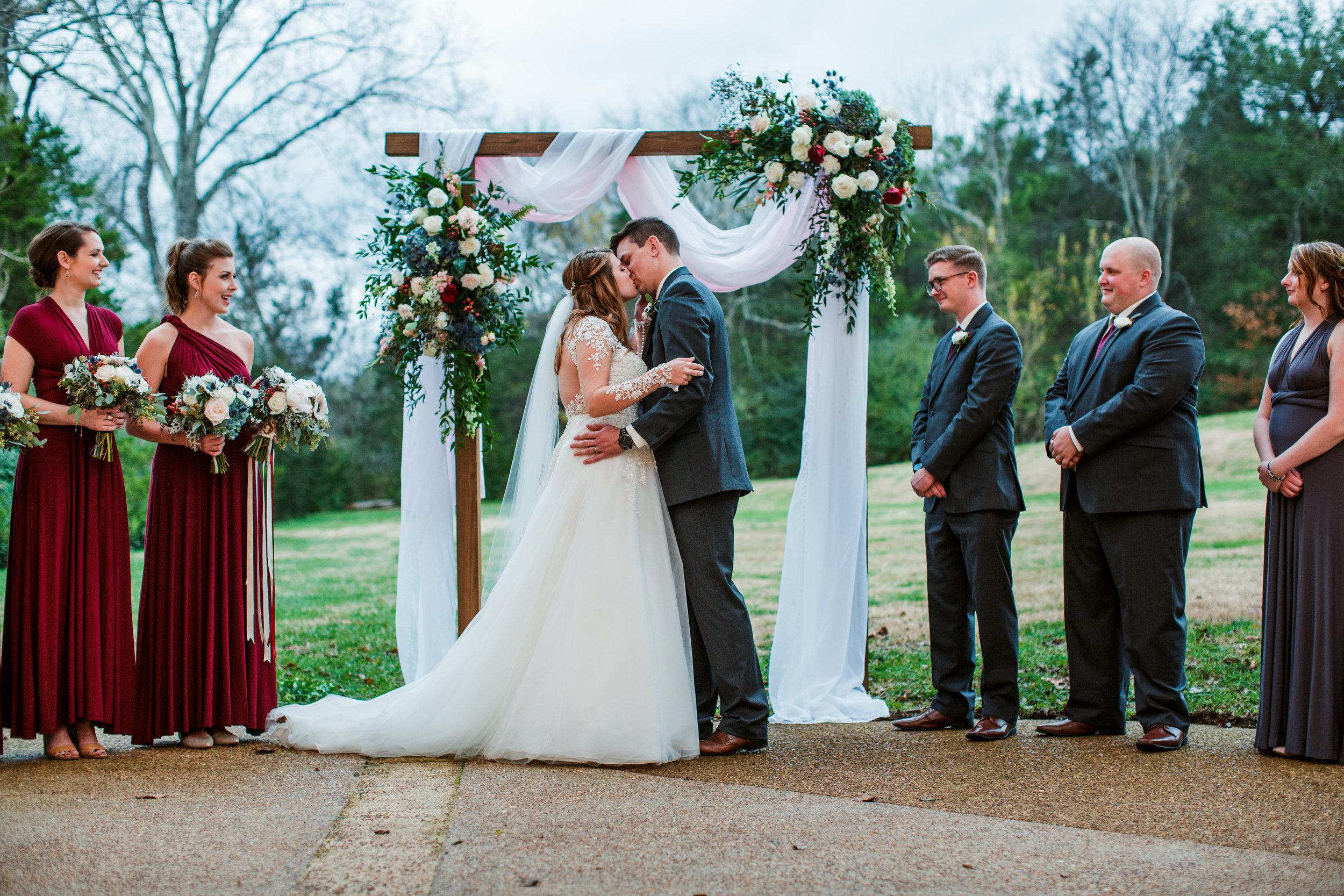 Cedarwood-Nashville-Wedding-Photographers 40.jpg