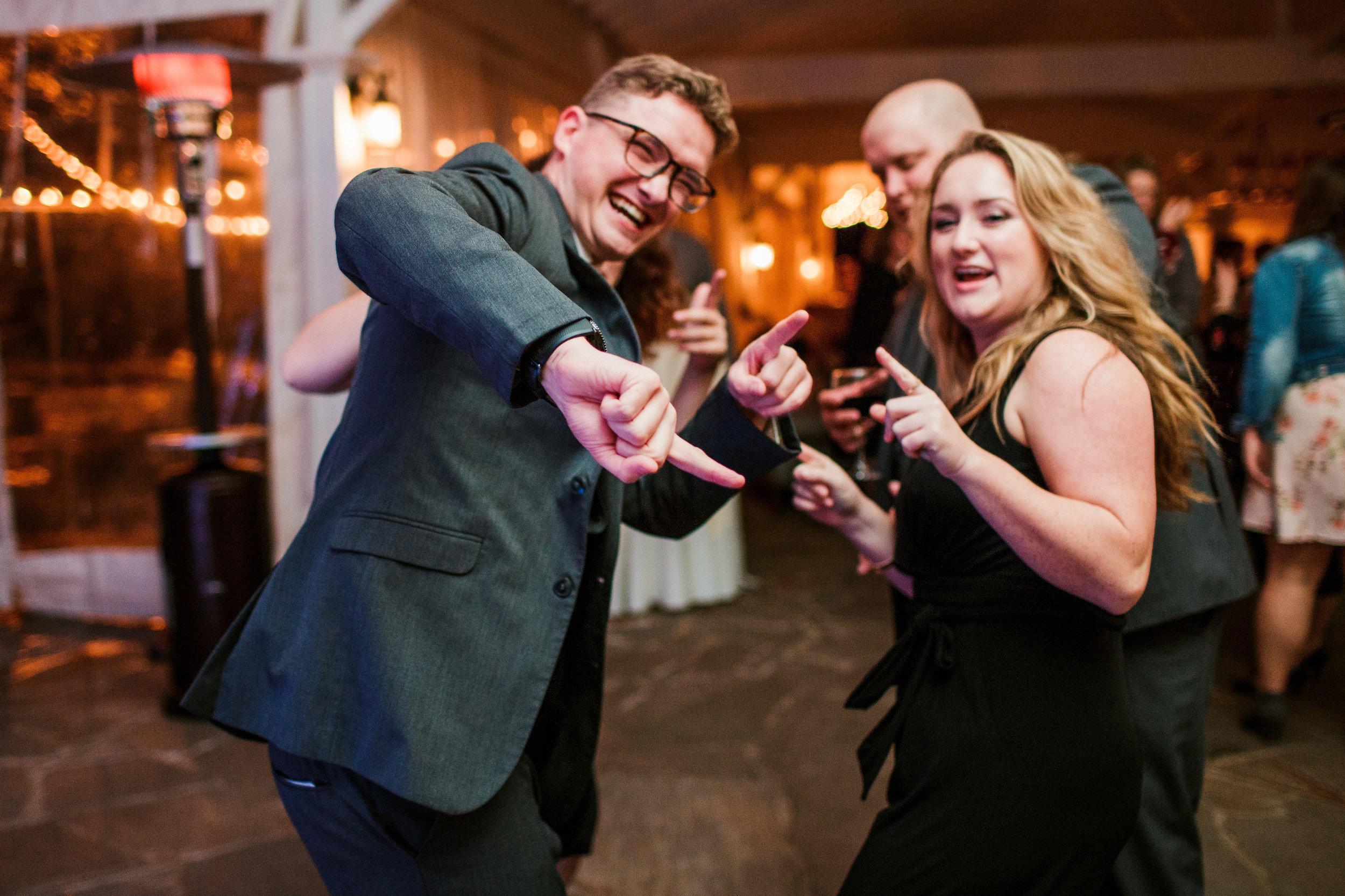 Cedarwood-Nashville-Wedding-Photographers 52.jpg