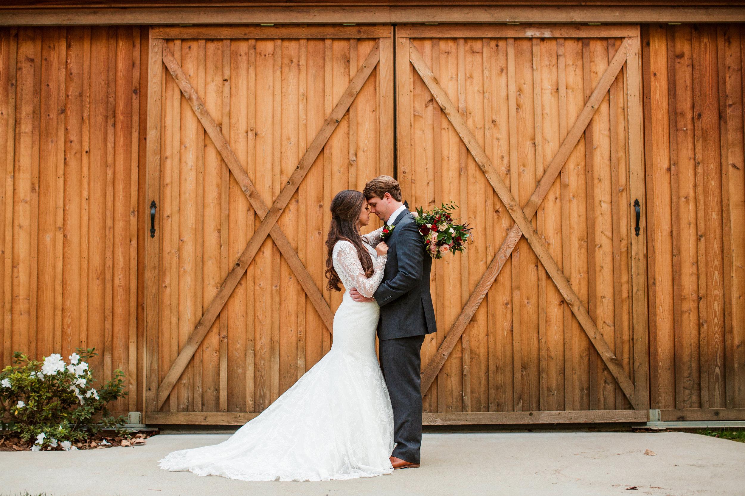 Saddle-Woods-Farm-Wedding 25.jpg