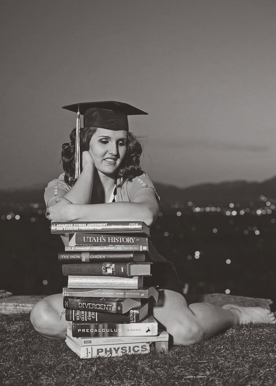 LoganUtahPhotography-HeidiRandallStudios-BrookeGraduation-7.jpg