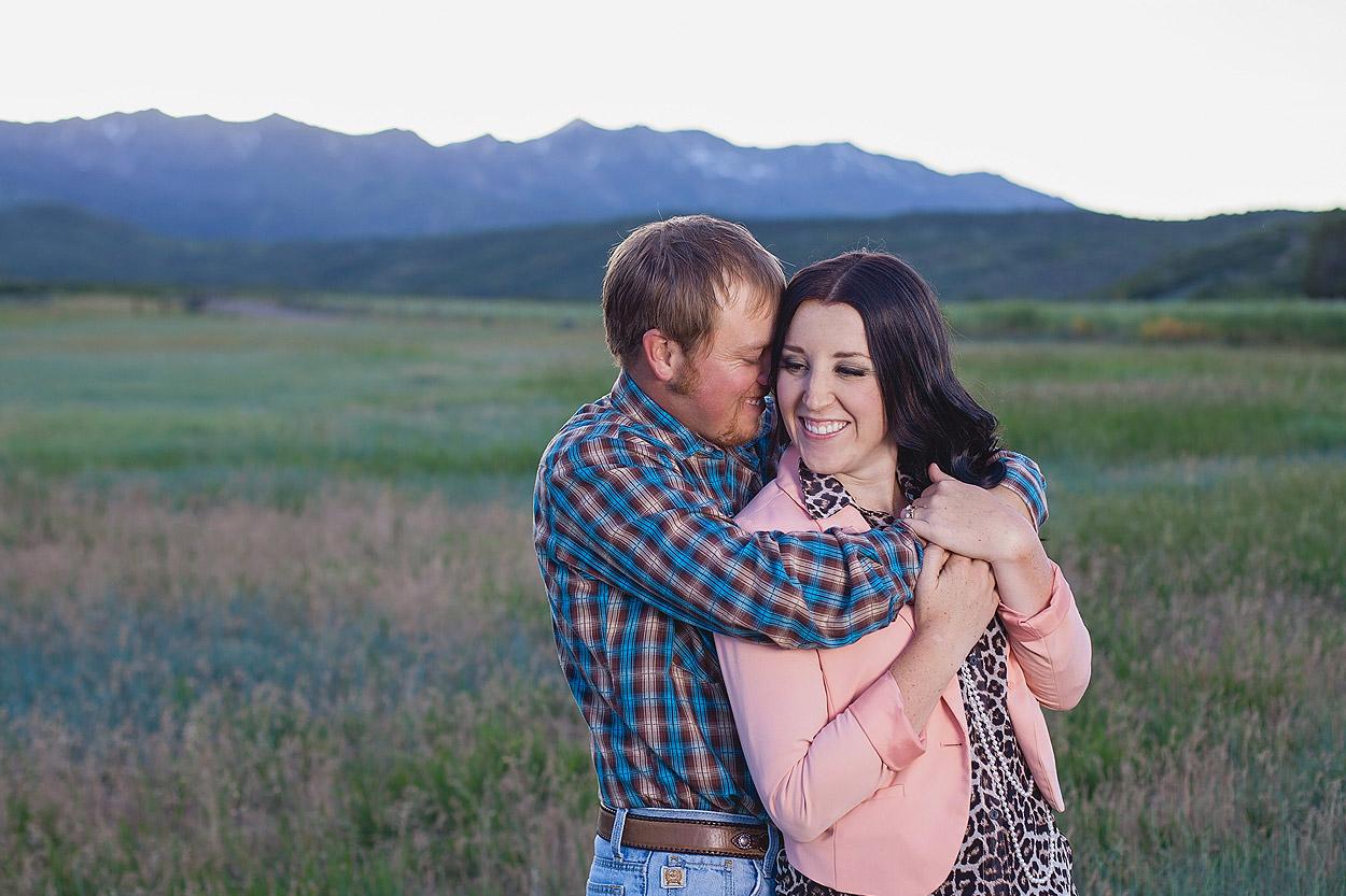 UtahEngagementPhotographer-HeidiRandallStudios-Sarah+Evan-16.jpg