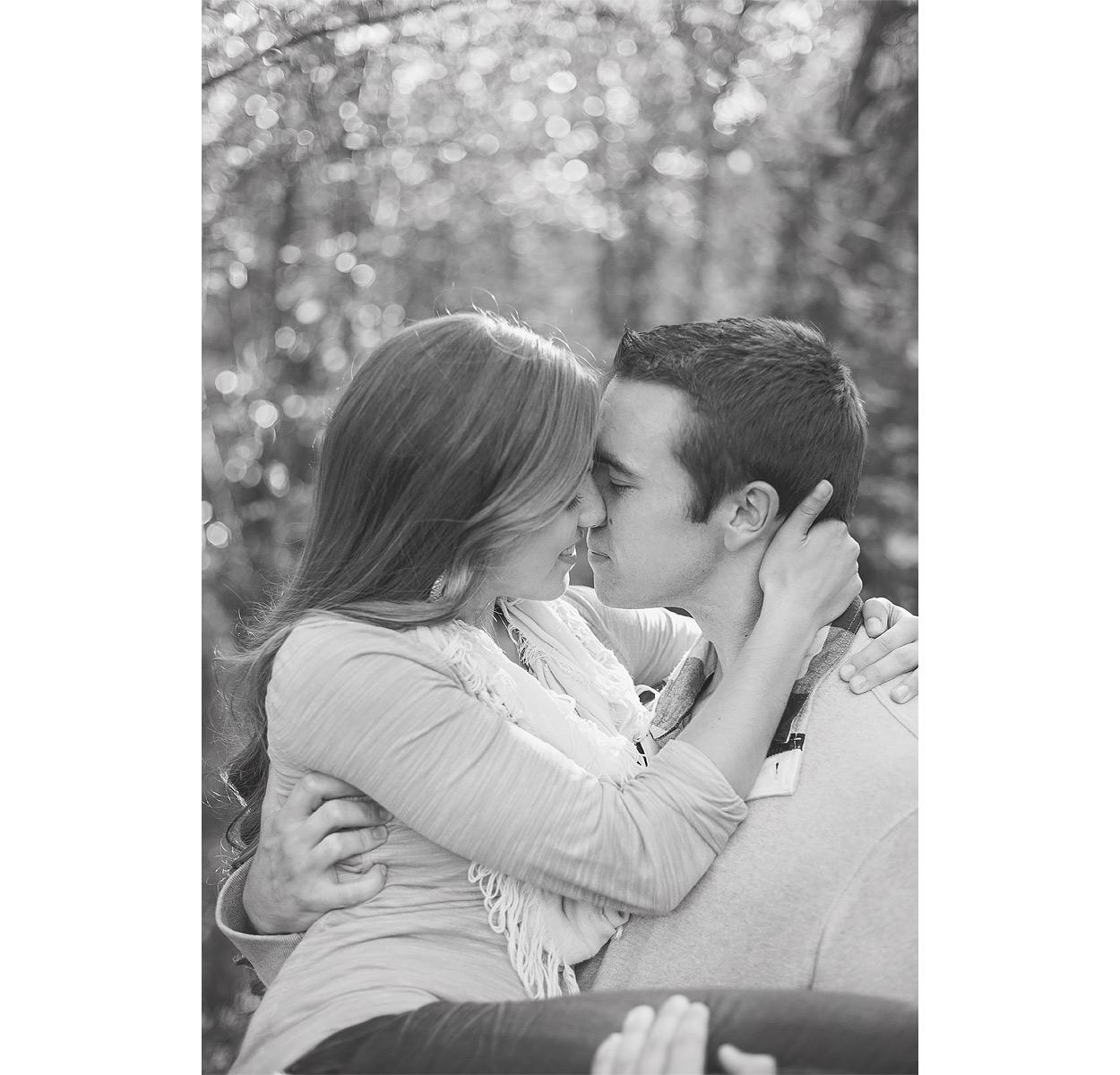 Logan-UT-Engagement-Photography-HeidiRandallStudios-TiffanyBryan-9.jpg