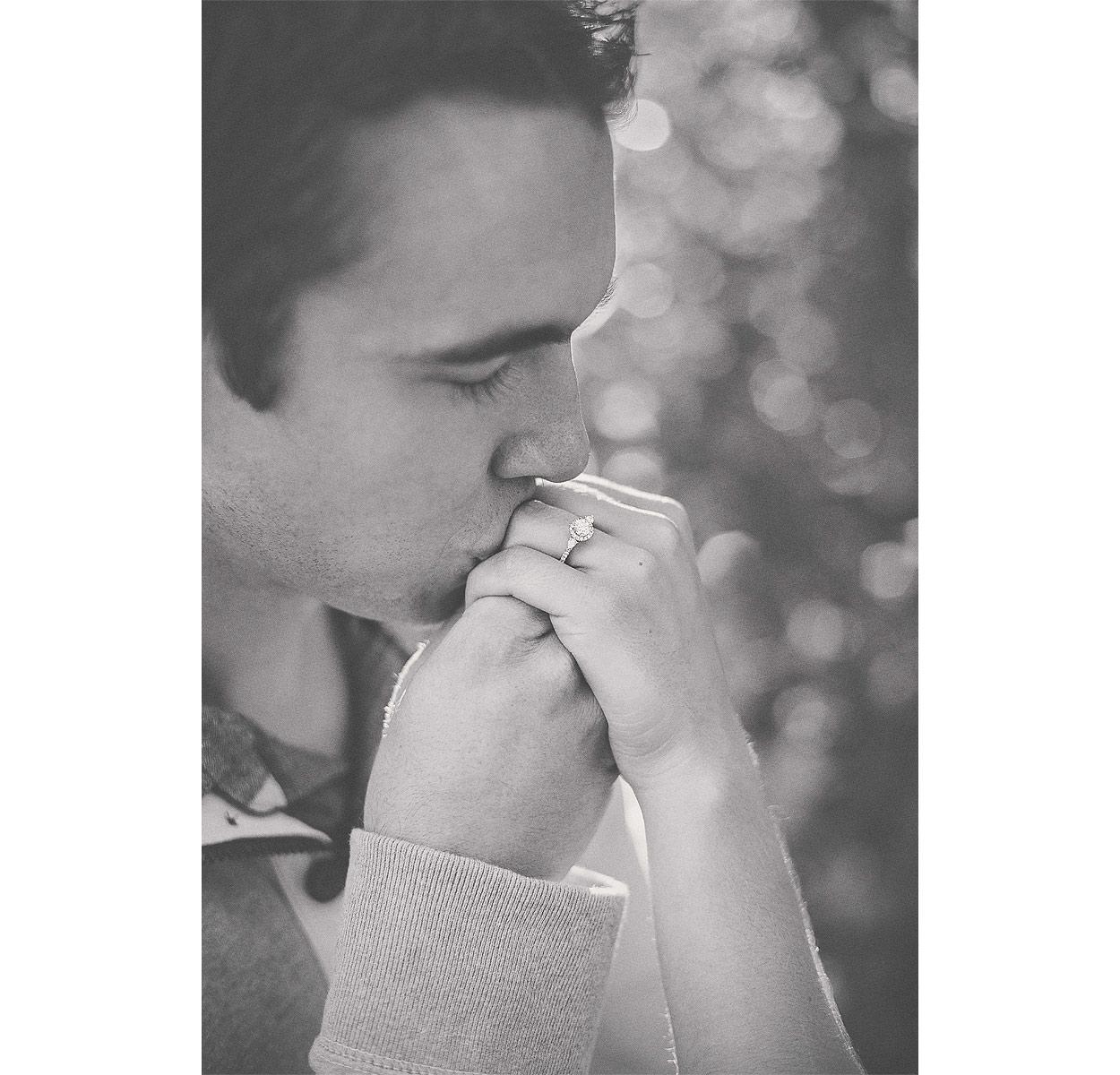 Logan-UT-Engagement-Photography-HeidiRandallStudios-TiffanyBryan-16.jpg