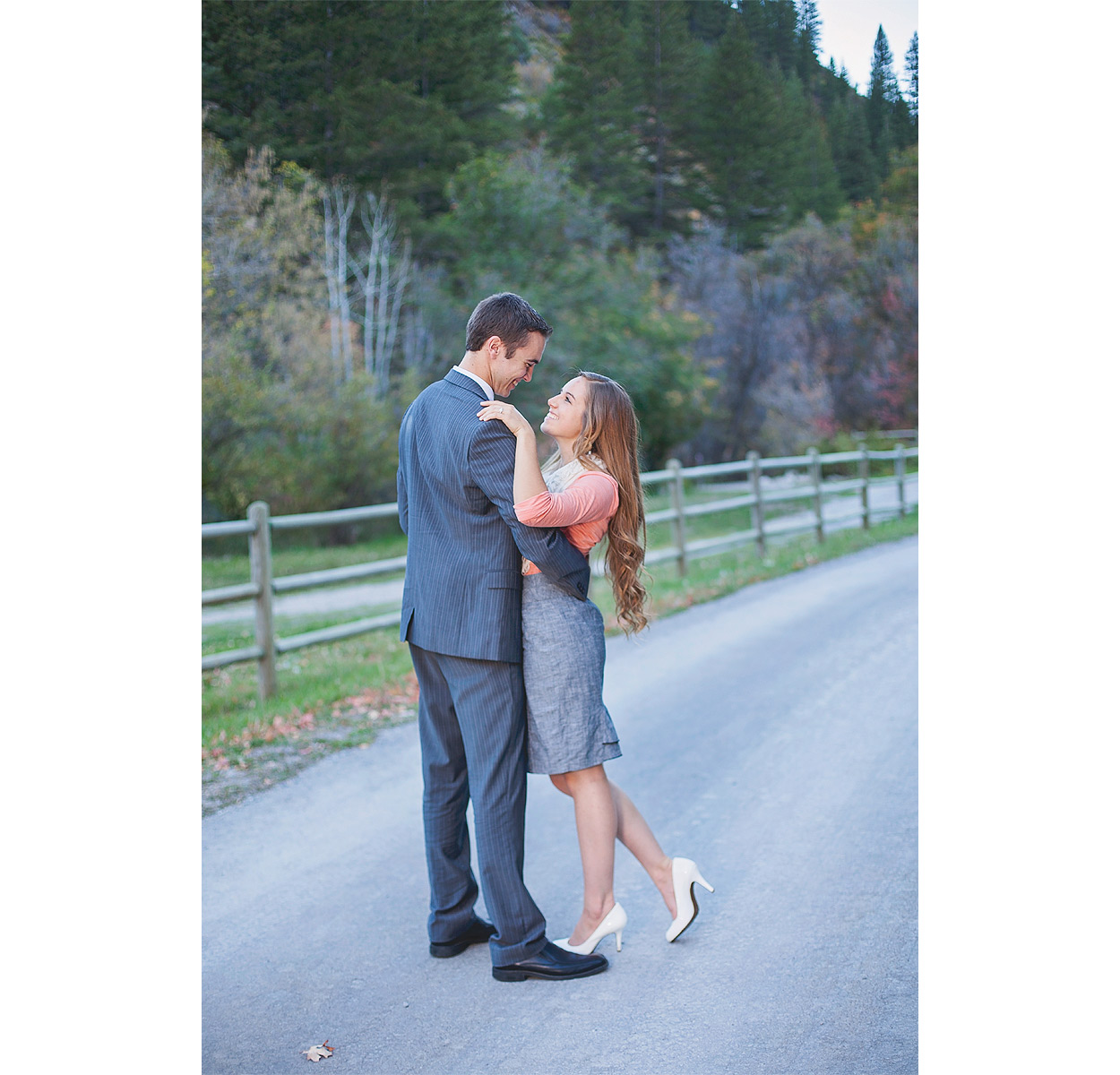 Logan-UT-Engagement-Photography-HeidiRandallStudios-TiffanyBryan-19.jpg