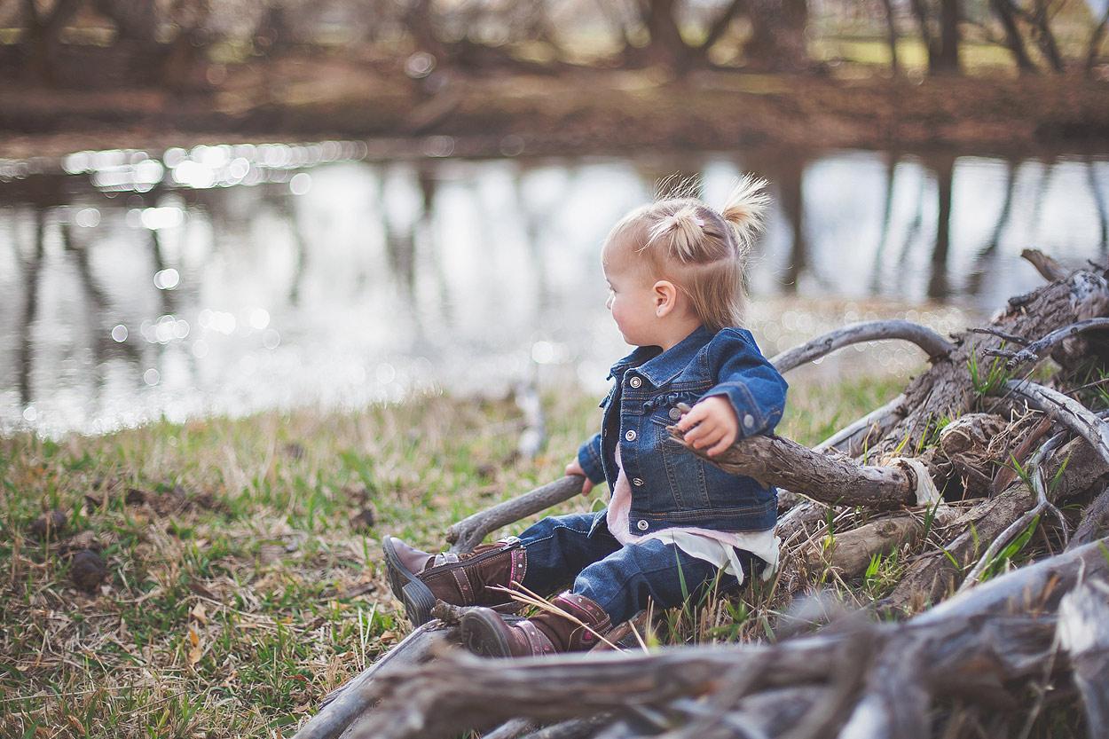 LoganUtFamilyPhotography-HeidiRandallStudios-RichBabyGirl-6.jpg